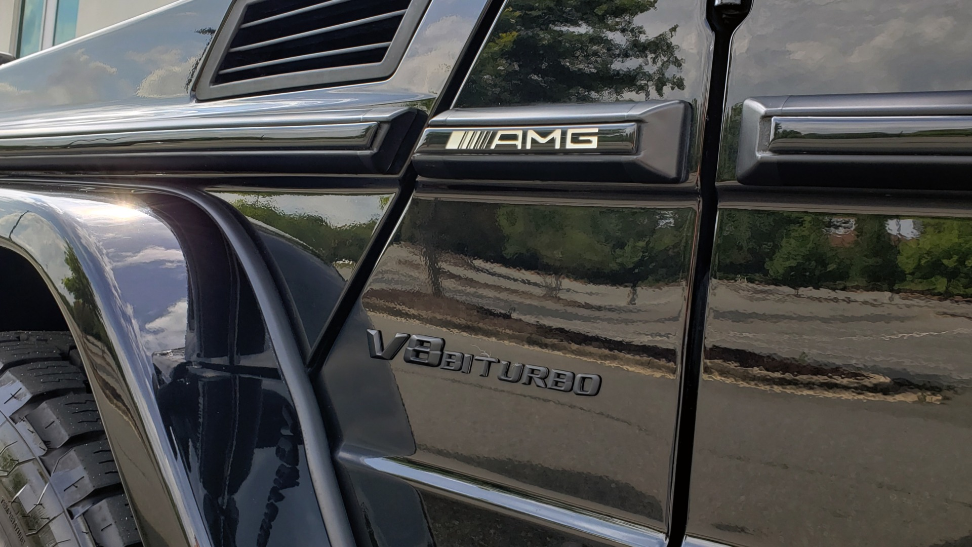 Used 2016 Mercedes-Benz G-CLASS AMG G 63 4MATIC / NAV / SUNROOF / H/K SND / ENT SYS / REARVIEW for sale $99,000 at Formula Imports in Charlotte NC 28227 10