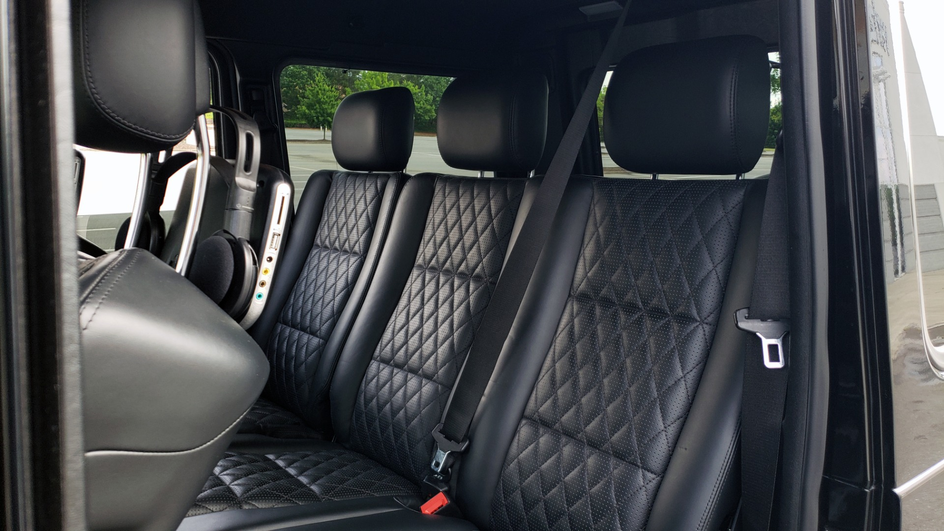 Used 2016 Mercedes-Benz G-CLASS AMG G 63 4MATIC / NAV / SUNROOF / H/K SND / ENT SYS / REARVIEW for sale $99,000 at Formula Imports in Charlotte NC 28227 57