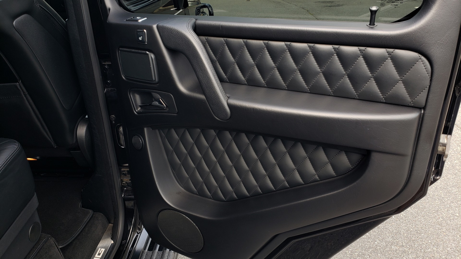 Used 2016 Mercedes-Benz G-CLASS AMG G 63 4MATIC / NAV / SUNROOF / H/K SND / ENT SYS / REARVIEW for sale $99,000 at Formula Imports in Charlotte NC 28227 58