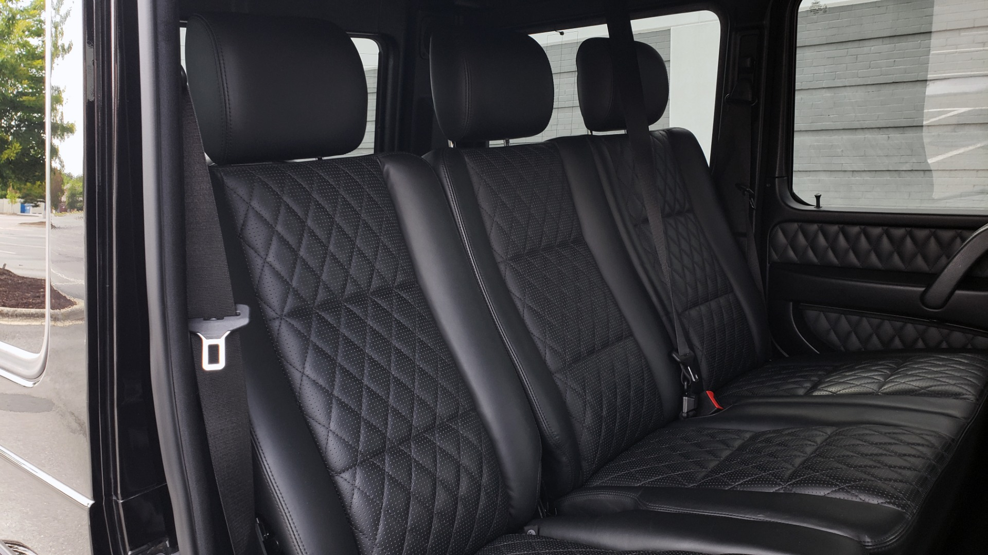 Used 2016 Mercedes-Benz G-CLASS AMG G 63 4MATIC / NAV / SUNROOF / H/K SND / ENT SYS / REARVIEW for sale $99,000 at Formula Imports in Charlotte NC 28227 59