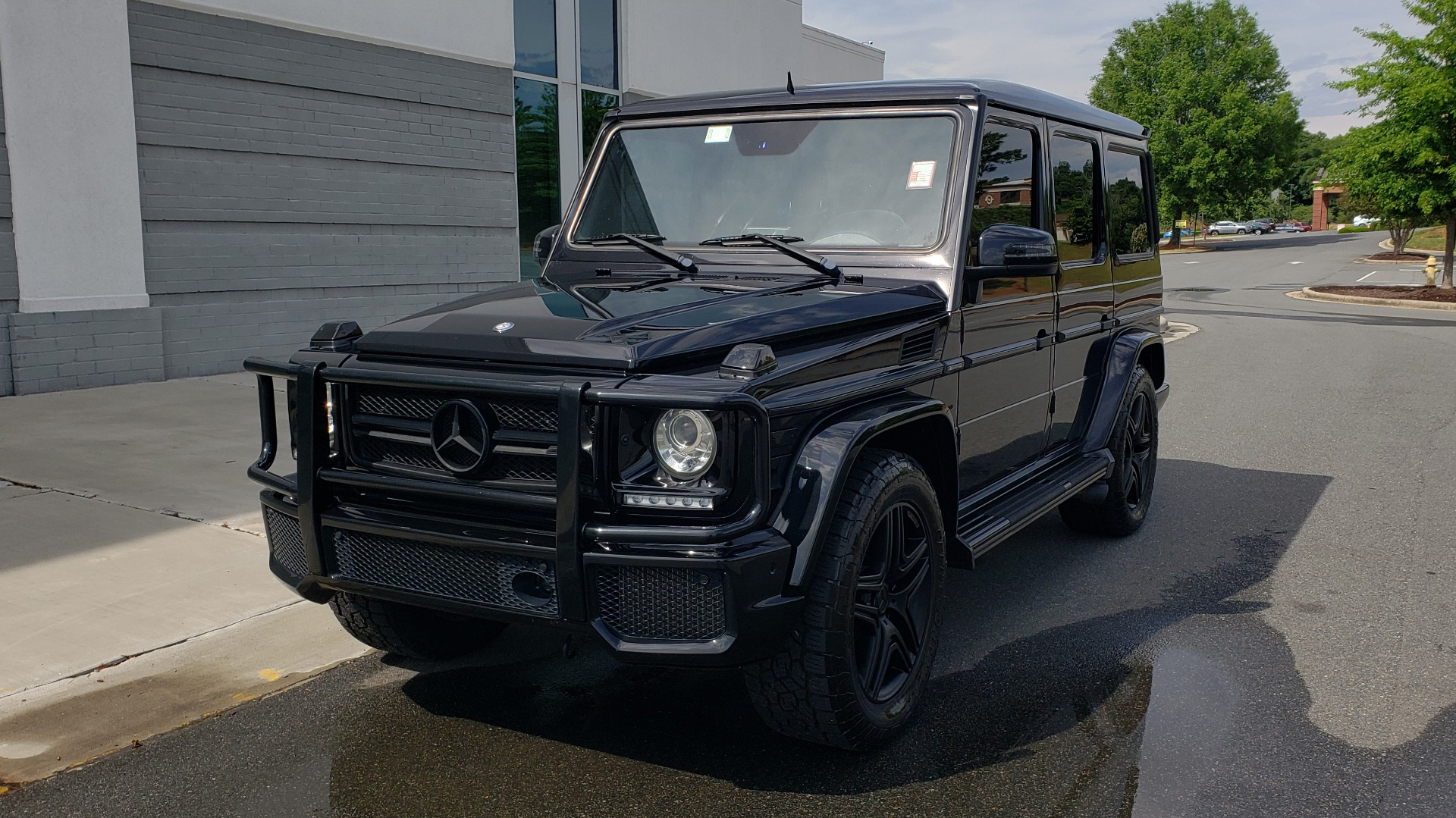 Used 2016 Mercedes-Benz G-CLASS AMG G 63 4MATIC / NAV / SUNROOF / H/K SND / ENT SYS / REARVIEW for sale $99,000 at Formula Imports in Charlotte NC 28227 1