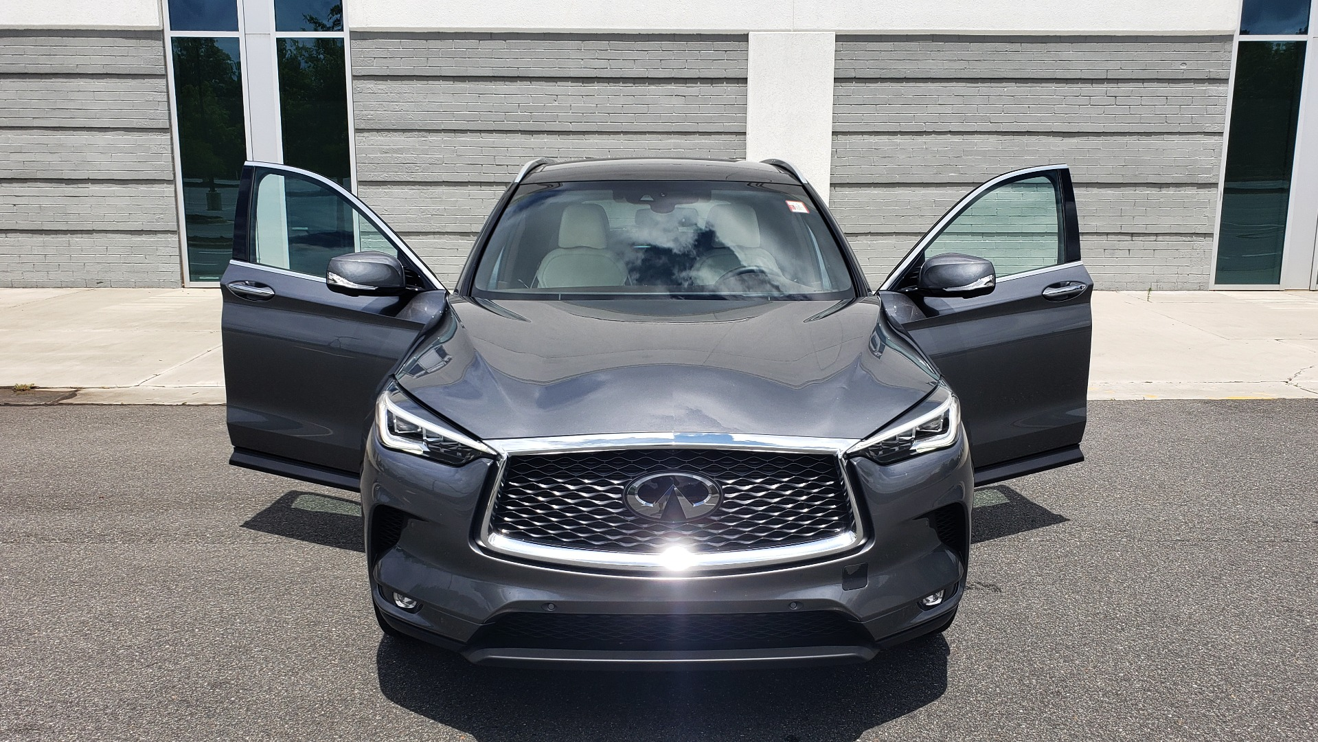 Used 2019 INFINITI QX50 ESSENTIAL / 2.0L / PROASSIST / PROACTIVE / AUTOGRAPH / SENSORY for sale $33,995 at Formula Imports in Charlotte NC 28227 24