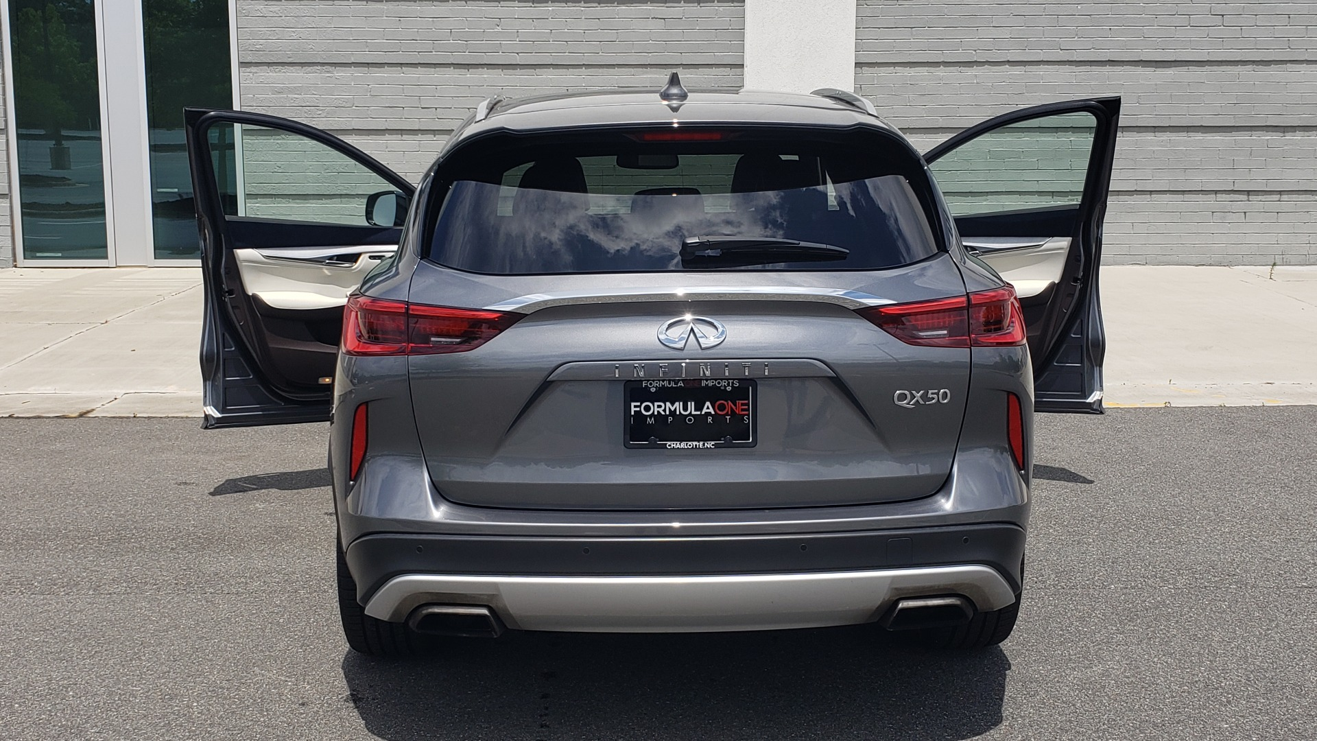 Used 2019 INFINITI QX50 ESSENTIAL / 2.0L / PROASSIST / PROACTIVE / AUTOGRAPH / SENSORY for sale $33,995 at Formula Imports in Charlotte NC 28227 29