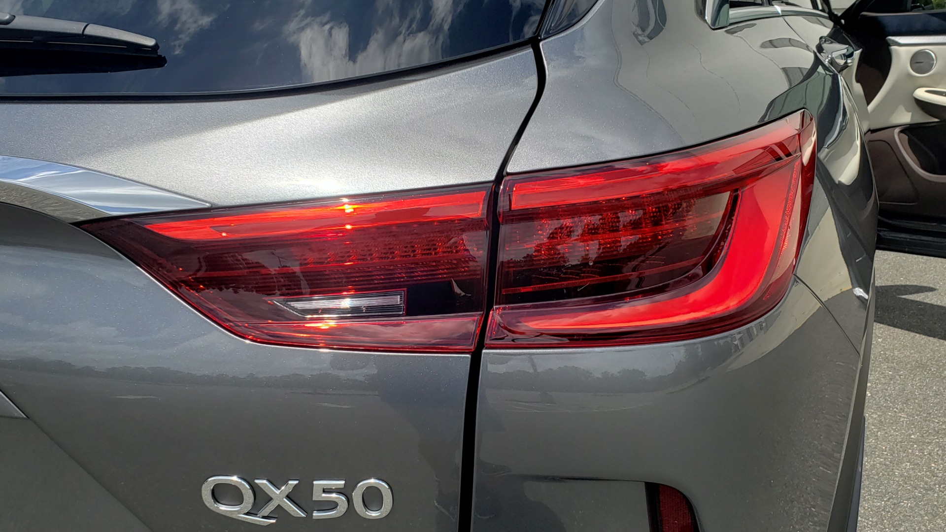 Used 2019 INFINITI QX50 ESSENTIAL / 2.0L / PROASSIST / PROACTIVE / AUTOGRAPH / SENSORY for sale $33,995 at Formula Imports in Charlotte NC 28227 31
