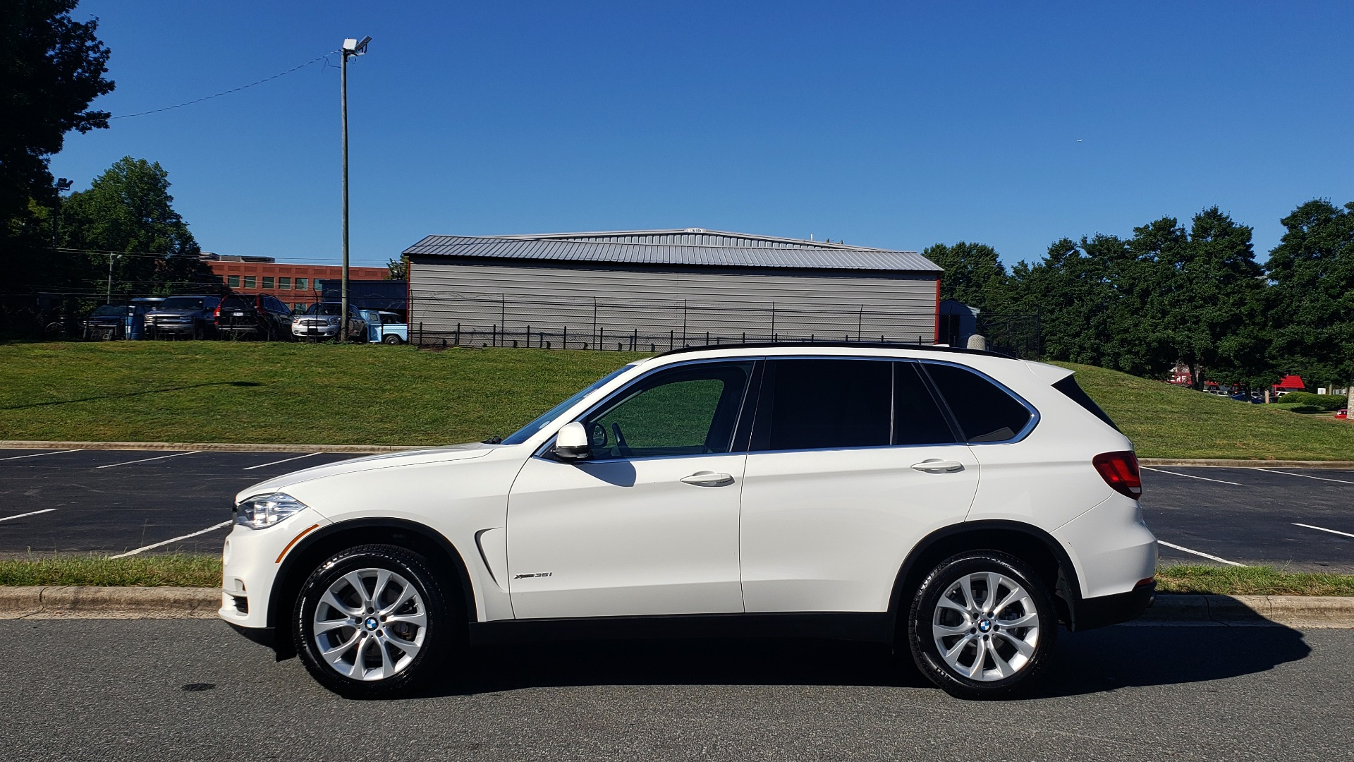 Used 2016 BMW X5 XDRIVE35I / AWD / NAV / PANO-ROOF / CAMERA for sale Sold at Formula Imports in Charlotte NC 28227 2