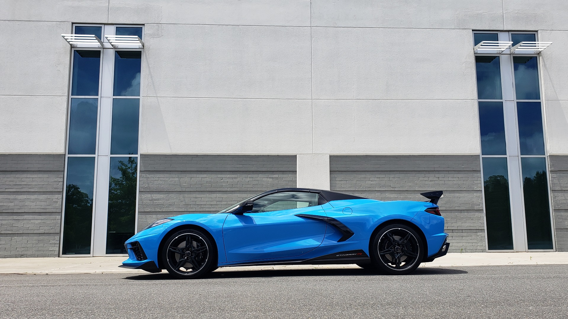 Used 2021 Chevrolet CORVETTE STINGRAY CONVERTIBLE 3LT for sale Call for price at Formula Imports in Charlotte NC 28227 10