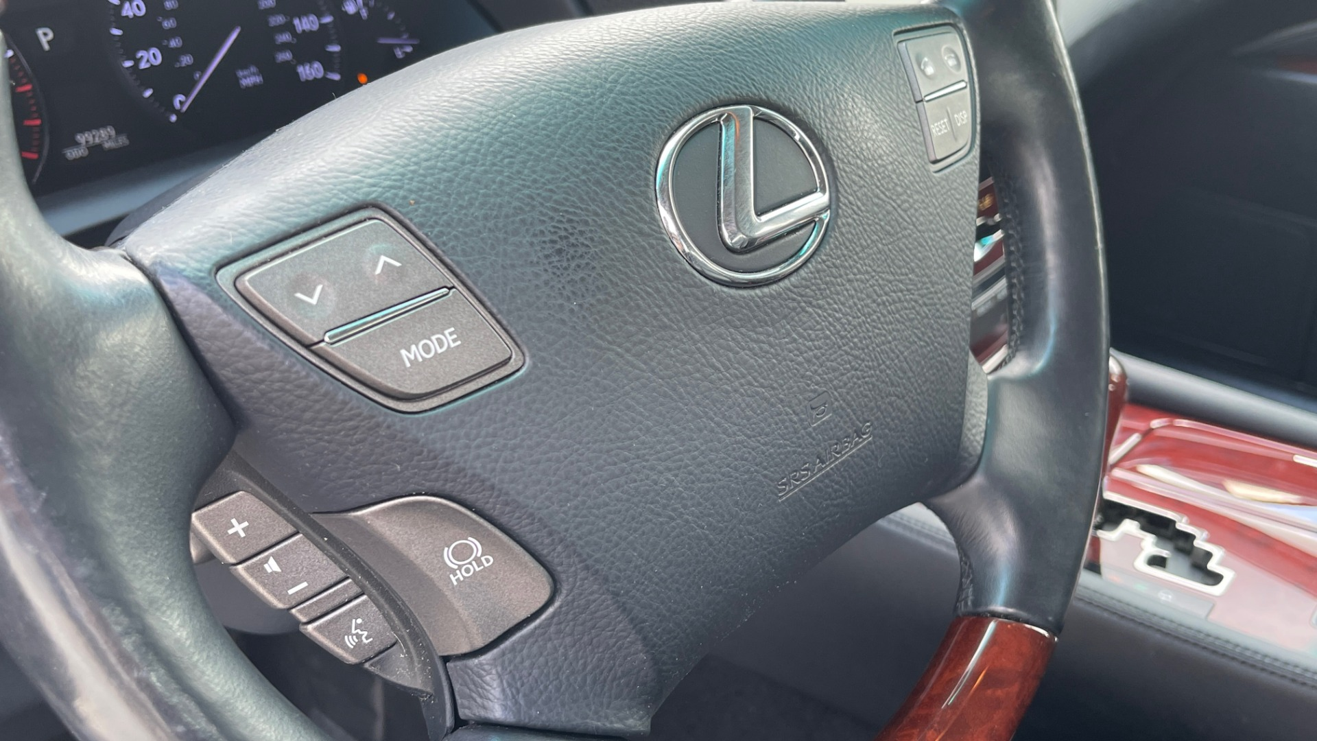 Used 2007 Lexus LS 460 SEDAN / COMFORT PKG / NAVIGATION / MARK LEVINSON / REARVIEW for sale $14,995 at Formula Imports in Charlotte NC 28227 34
