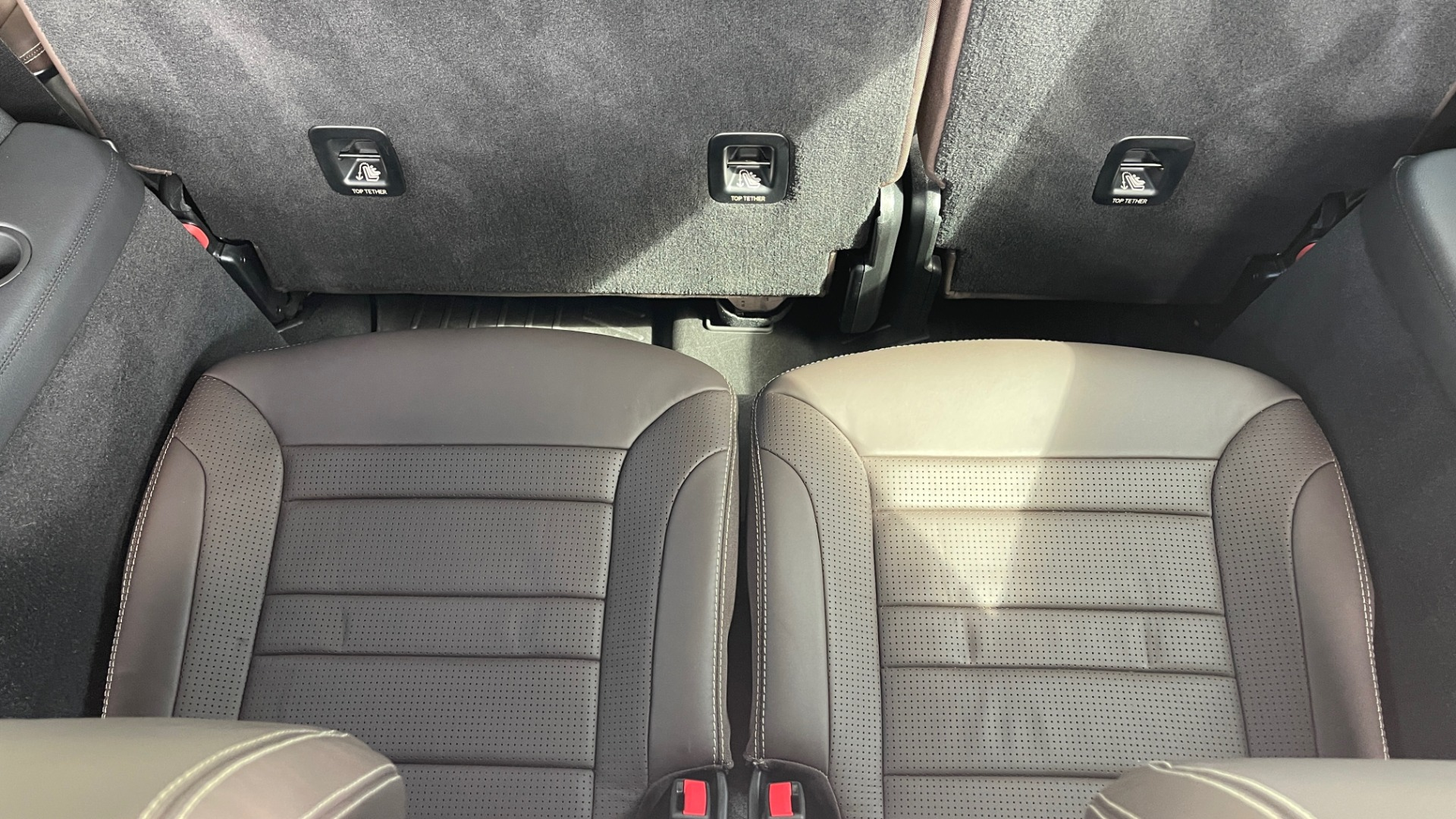 Used 2017 Mercedes-Benz GLS 63 AMG 4MATIC / AMG NIGHT SYLE / NAV / SUNROOF / REARVIEW / 3-ROW for sale Call for price at Formula Imports in Charlotte NC 28227 32