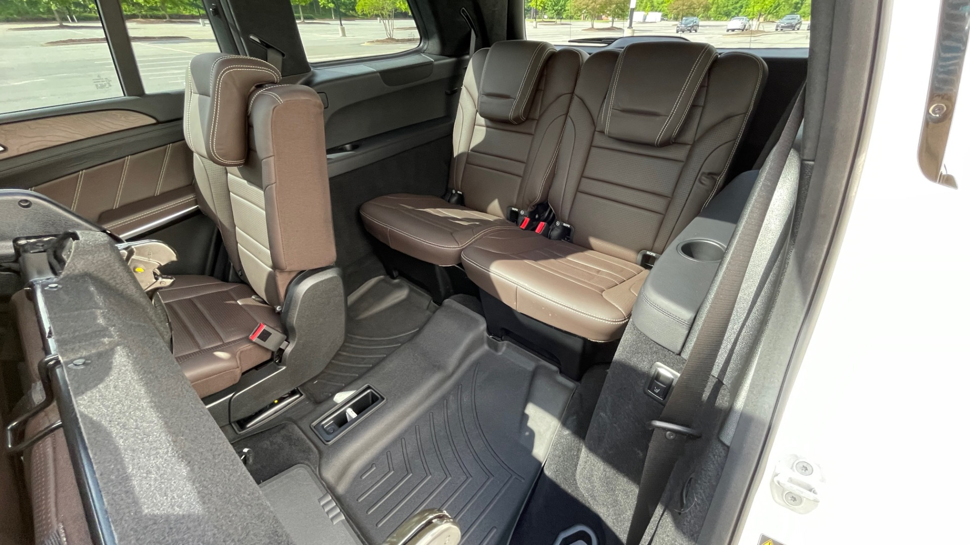 Used 2017 Mercedes-Benz GLS 63 AMG 4MATIC / AMG NIGHT SYLE / NAV / SUNROOF / REARVIEW / 3-ROW for sale Call for price at Formula Imports in Charlotte NC 28227 78