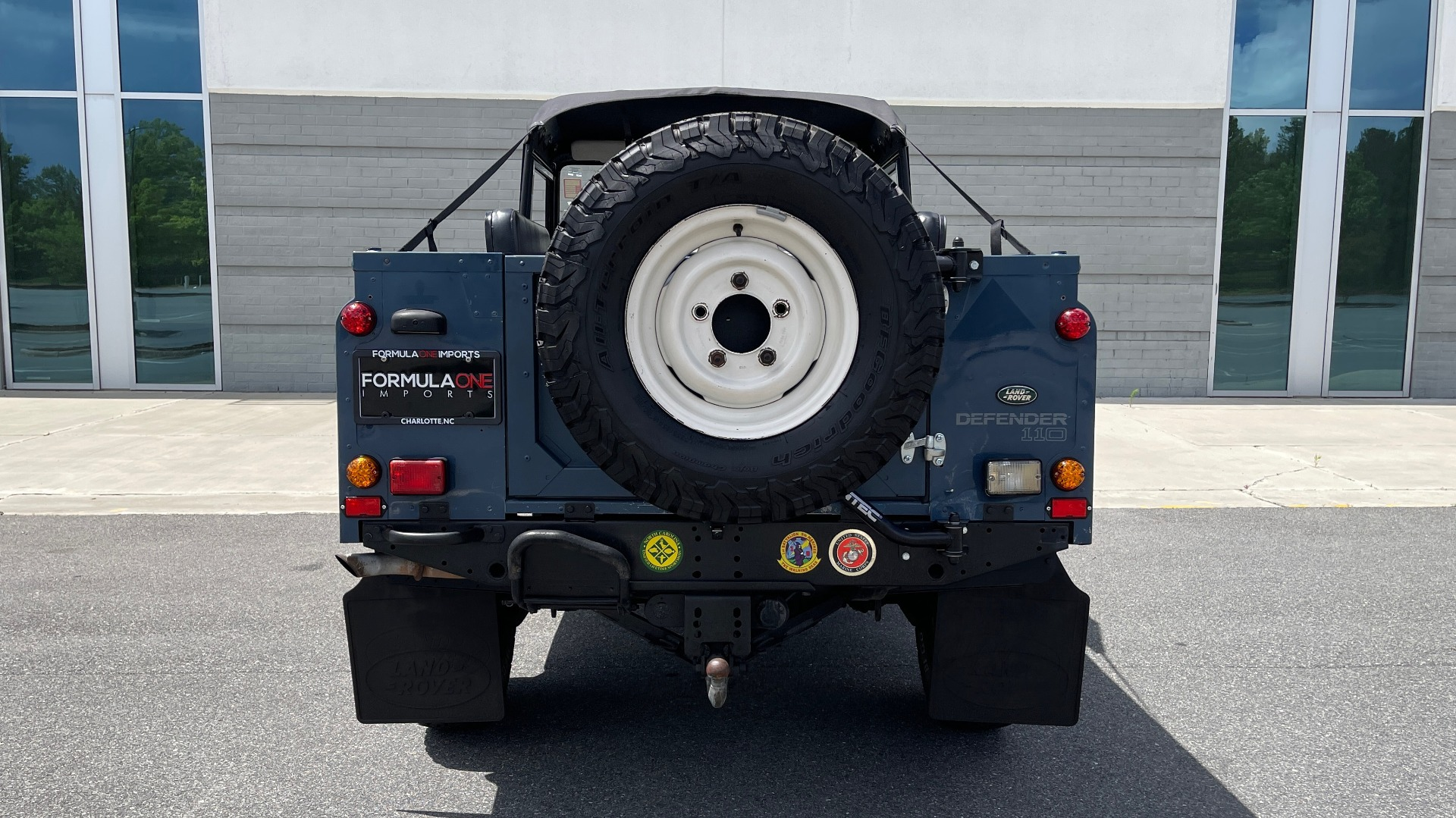 Used 1992 Land Rover DEFENDER 110 SOFT-TOP 4X4 / TURBO DIESEL / MANUAL / NEW SEATS, TOP AND TIRES for sale Call for price at Formula Imports in Charlotte NC 28227 25