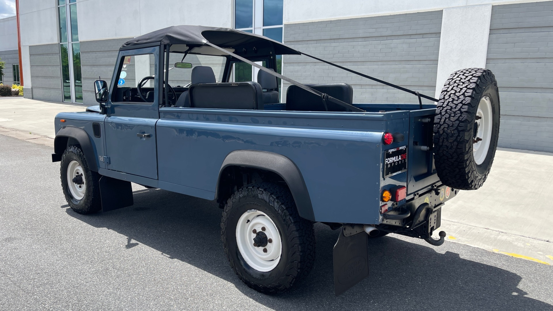 Used 1992 Land Rover DEFENDER 110 SOFT-TOP 4X4 / TURBO DIESEL / MANUAL / NEW SEATS, TOP AND TIRES for sale Call for price at Formula Imports in Charlotte NC 28227 4