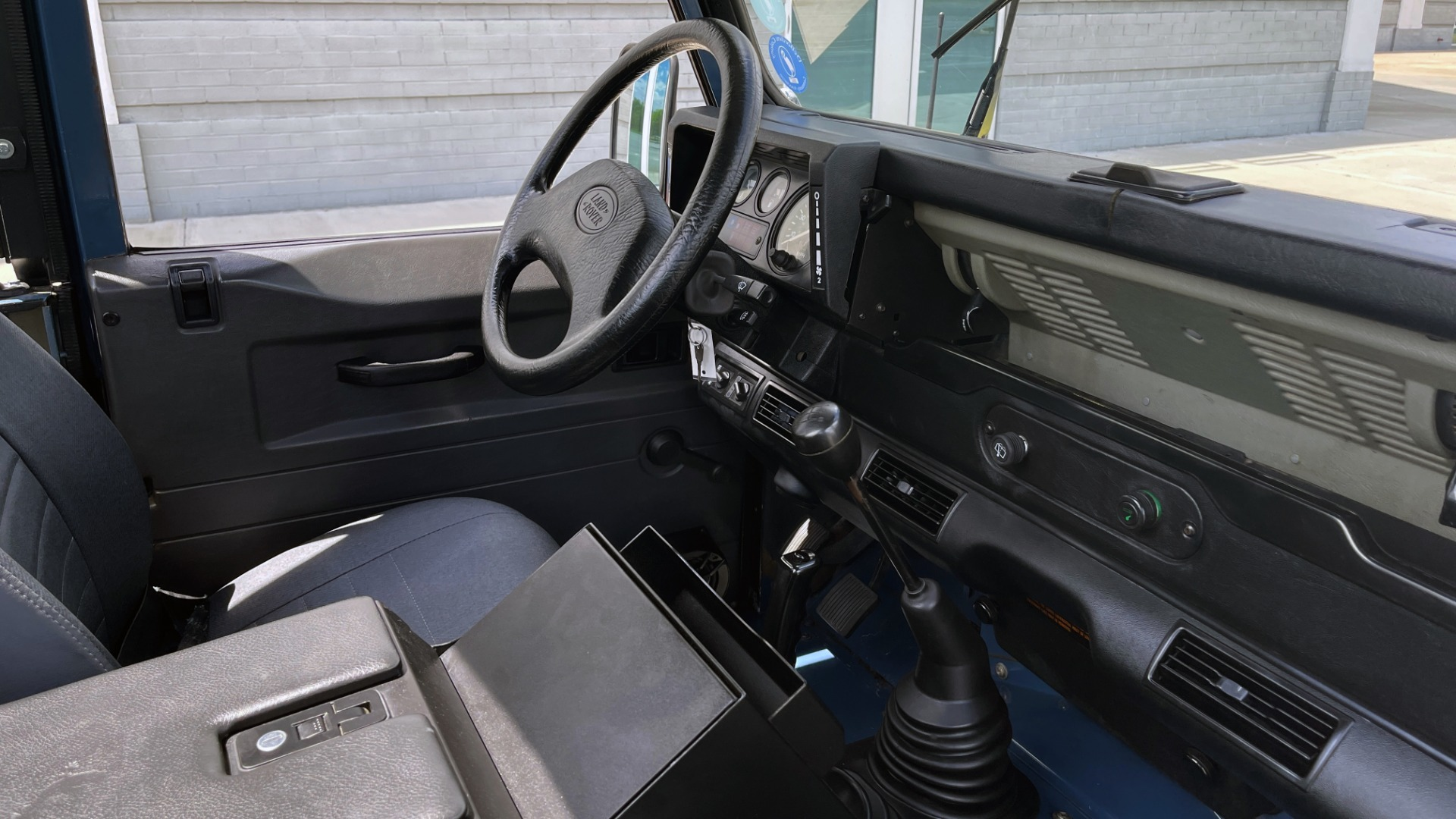 Used 1992 Land Rover DEFENDER 110 SOFT-TOP 4X4 / TURBO DIESEL / MANUAL / NEW SEATS, TOP AND TIRES for sale Call for price at Formula Imports in Charlotte NC 28227 65