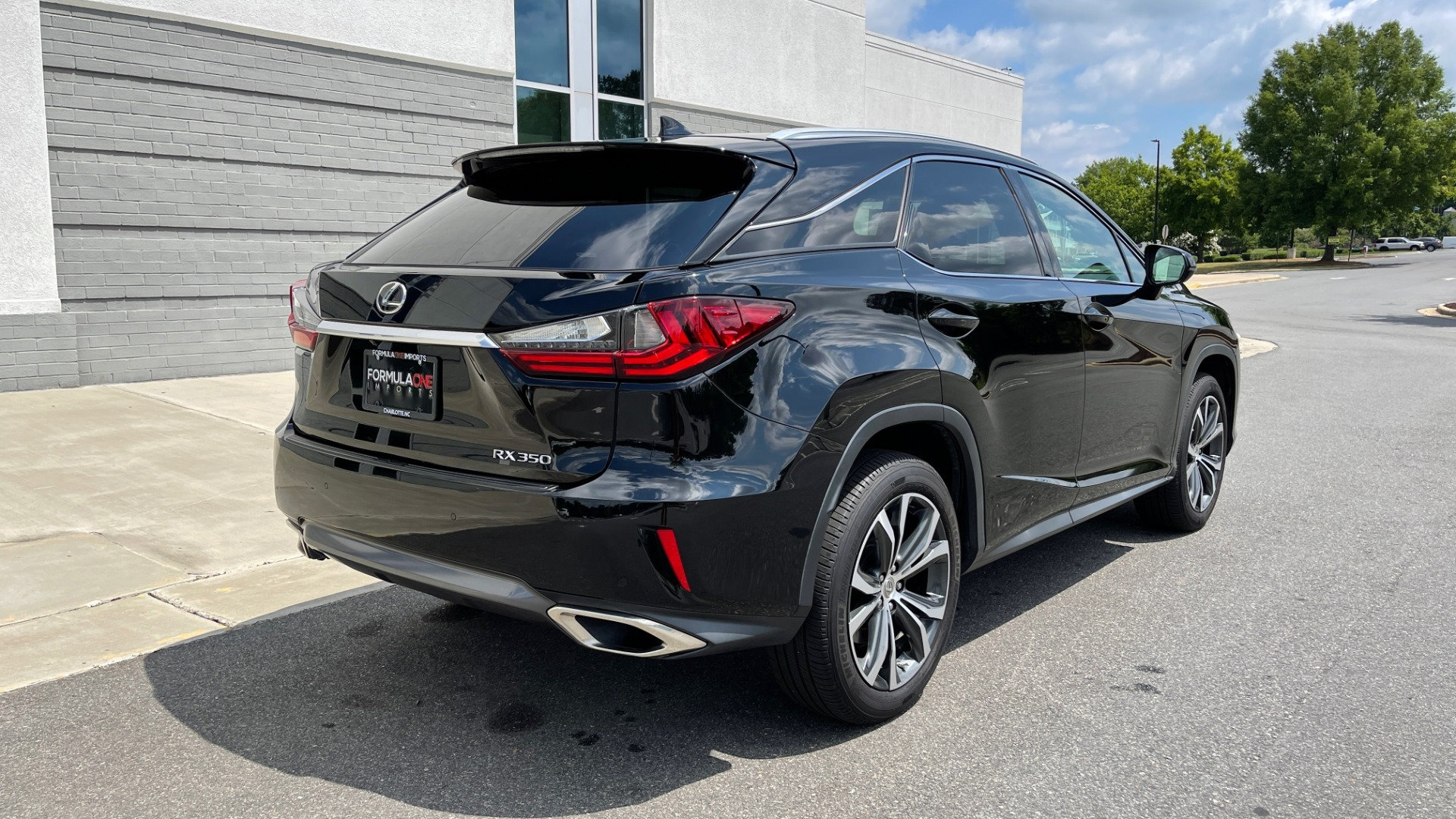 Used 2016 Lexus RX 350 PREMIUM / NAV / SUNROOF / BSM / PARK ASST / REARVIEW for sale $29,495 at Formula Imports in Charlotte NC 28227 2