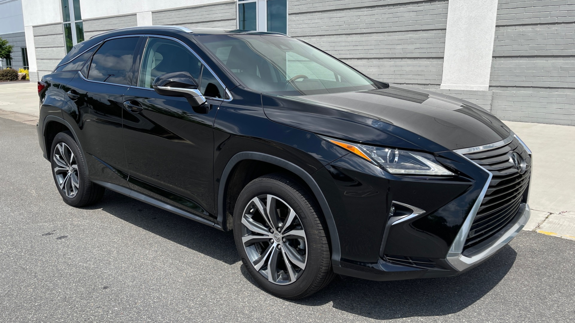 Used 2016 Lexus RX 350 PREMIUM / NAV / SUNROOF / BSM / PARK ASST / REARVIEW for sale $29,495 at Formula Imports in Charlotte NC 28227 6