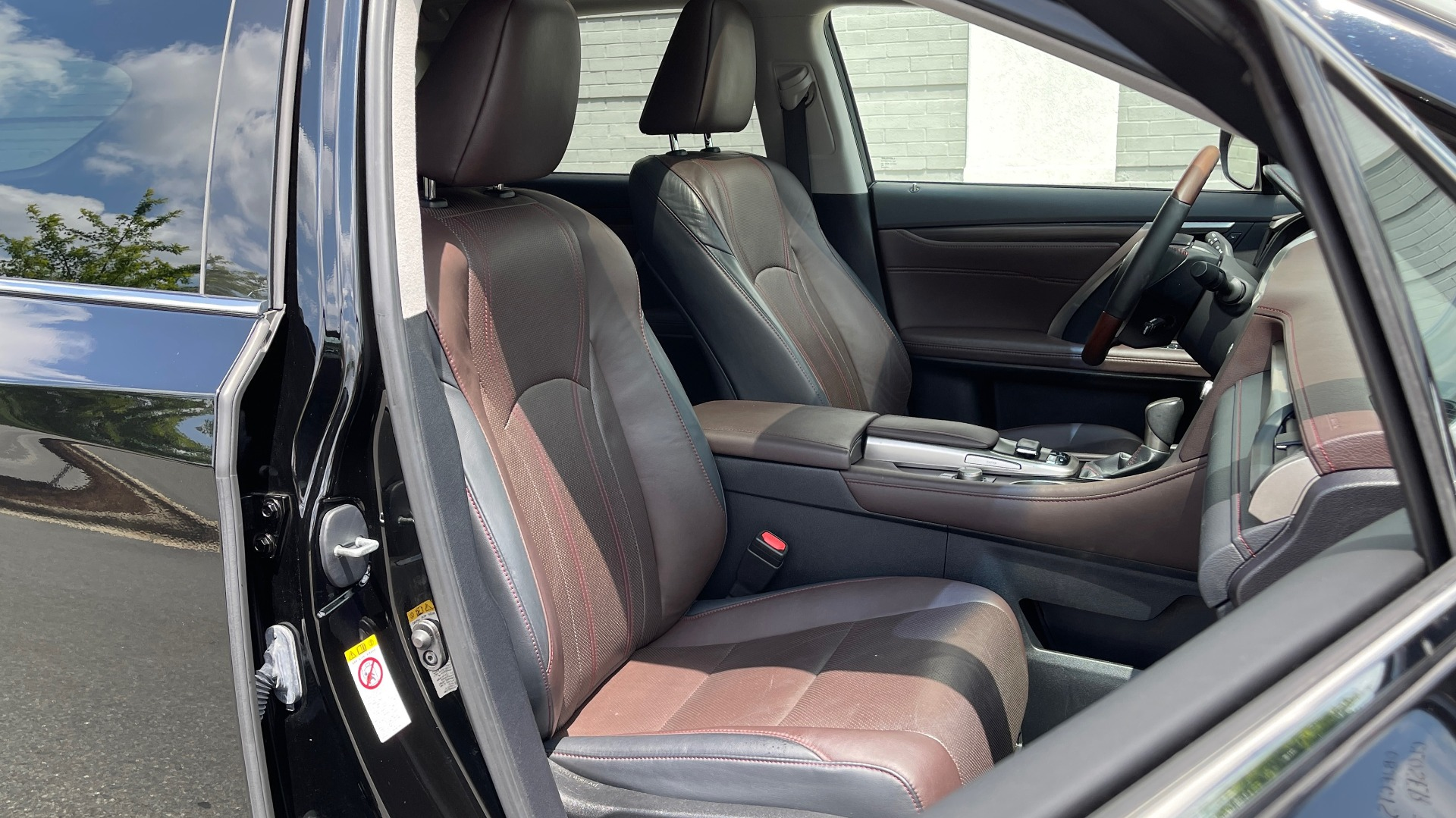 Used 2016 Lexus RX 350 PREMIUM / NAV / SUNROOF / BSM / PARK ASST / REARVIEW for sale $29,495 at Formula Imports in Charlotte NC 28227 62