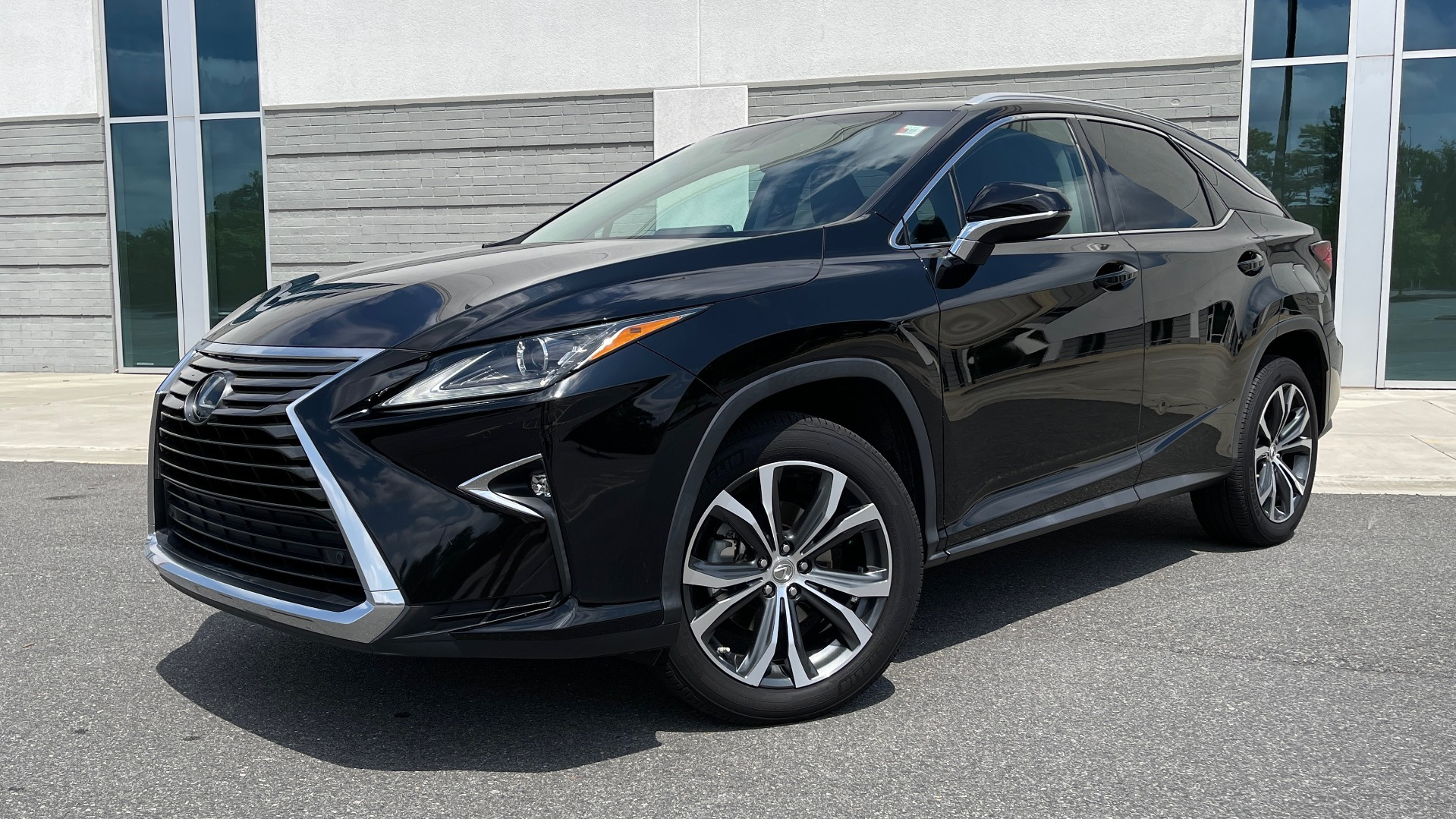 Used 2016 Lexus RX 350 PREMIUM / NAV / SUNROOF / BSM / PARK ASST / REARVIEW for sale $29,495 at Formula Imports in Charlotte NC 28227 1