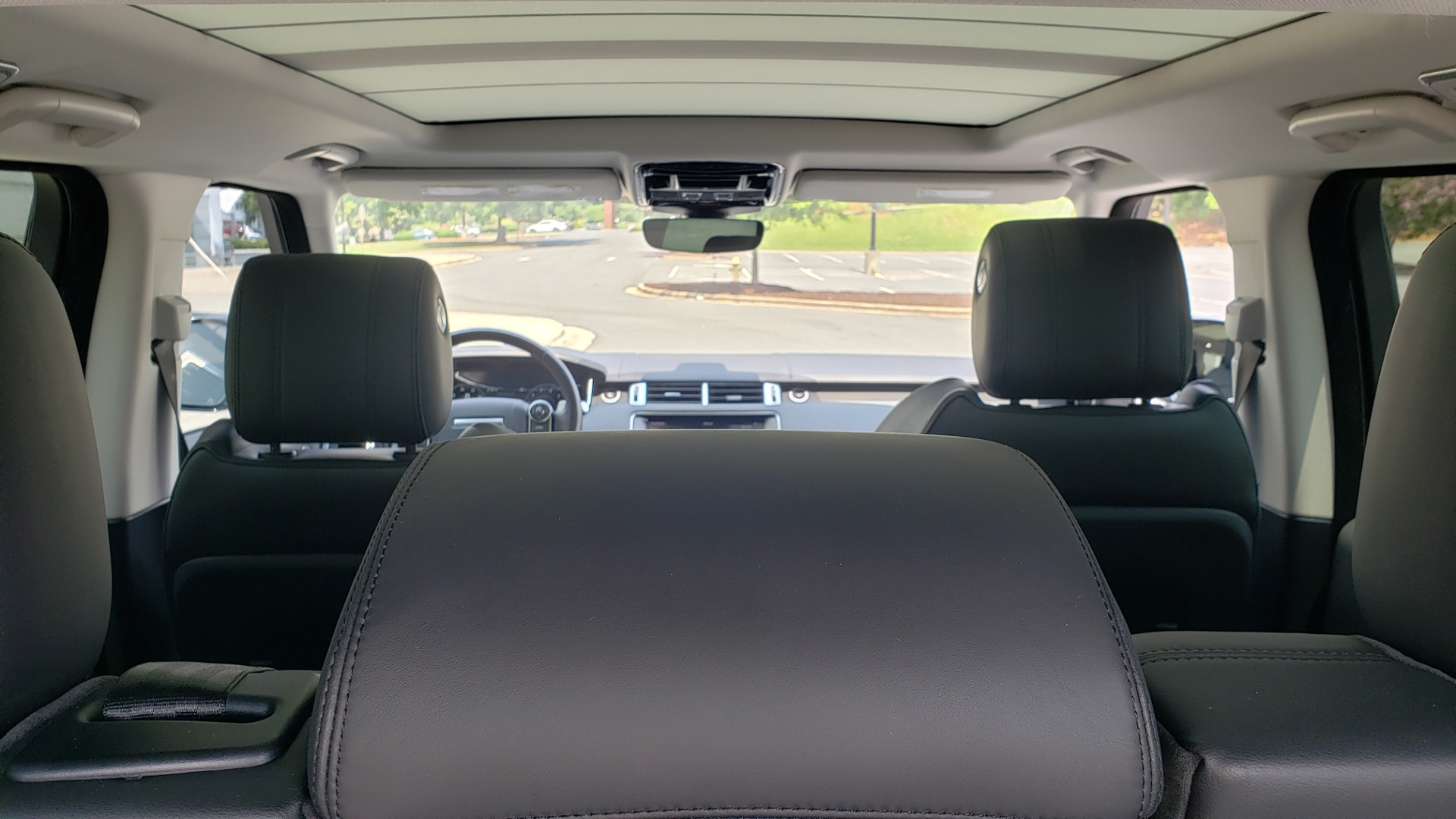 Used 2017 Land Rover Range Rover Sport HSE Dynamic for sale Call for price at Formula Imports in Charlotte NC 28227 24