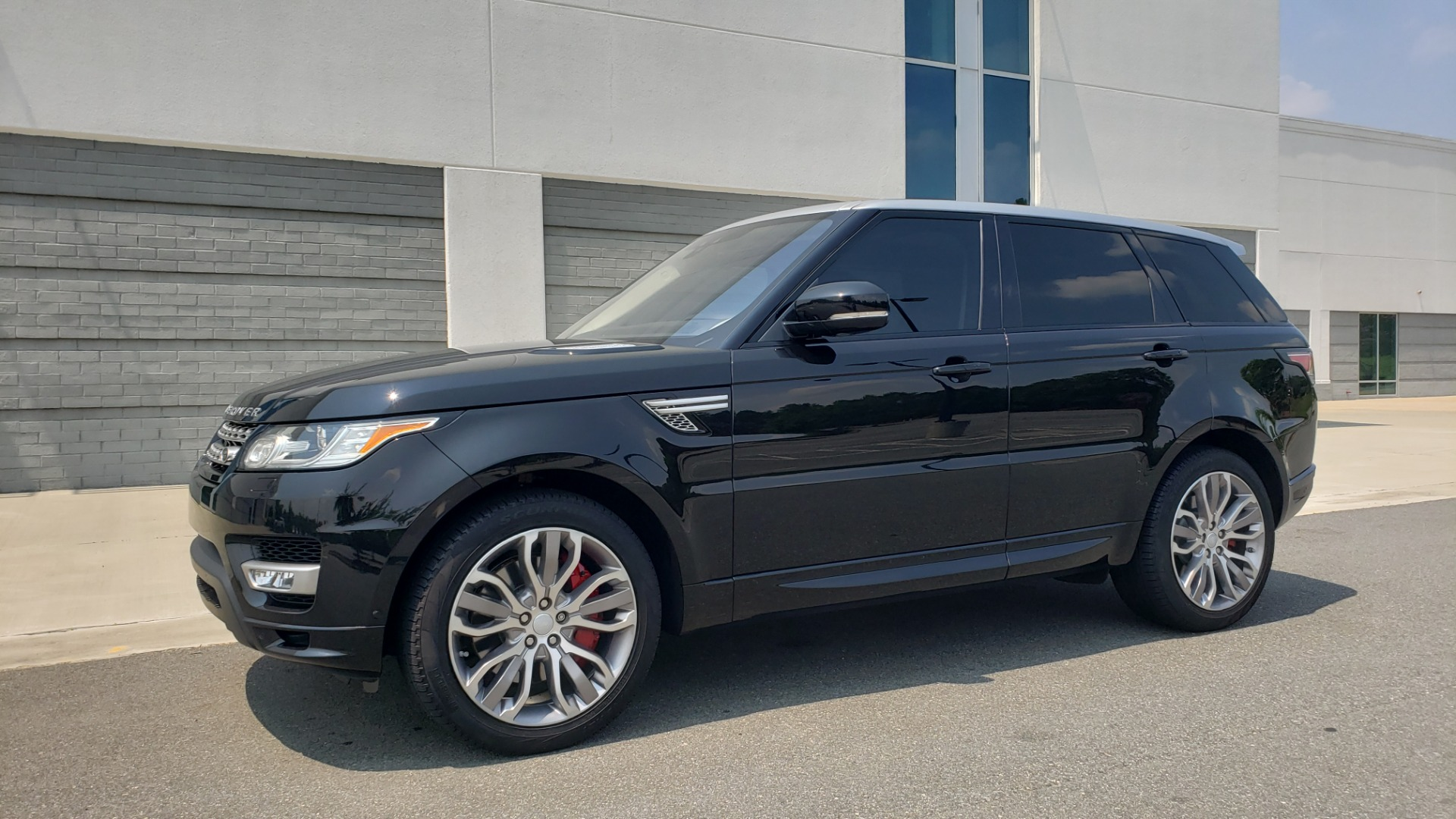Used 2017 Land Rover Range Rover Sport HSE Dynamic for sale Call for price at Formula Imports in Charlotte NC 28227 4