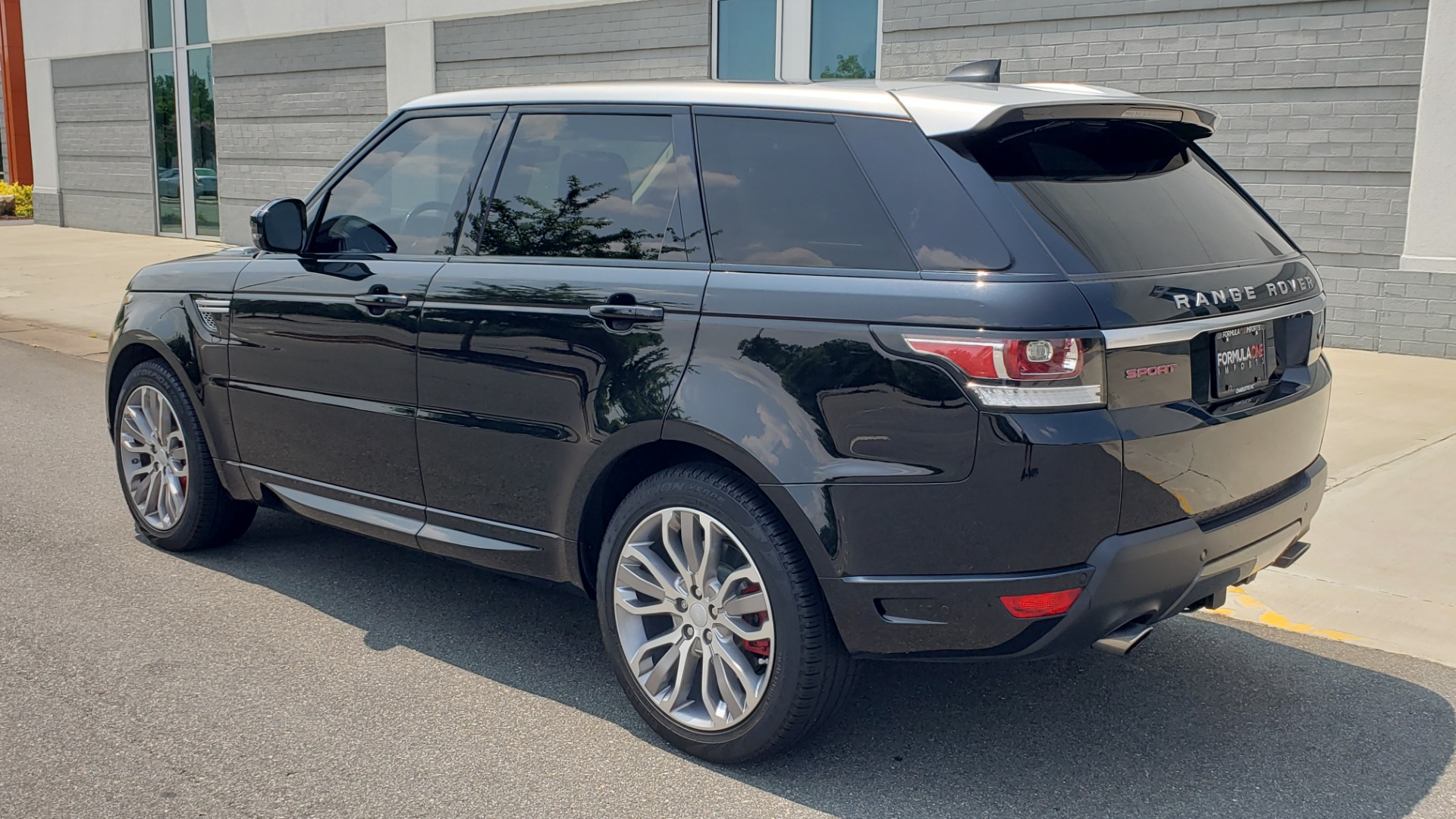 Used 2017 Land Rover Range Rover Sport HSE Dynamic for sale Call for price at Formula Imports in Charlotte NC 28227 6