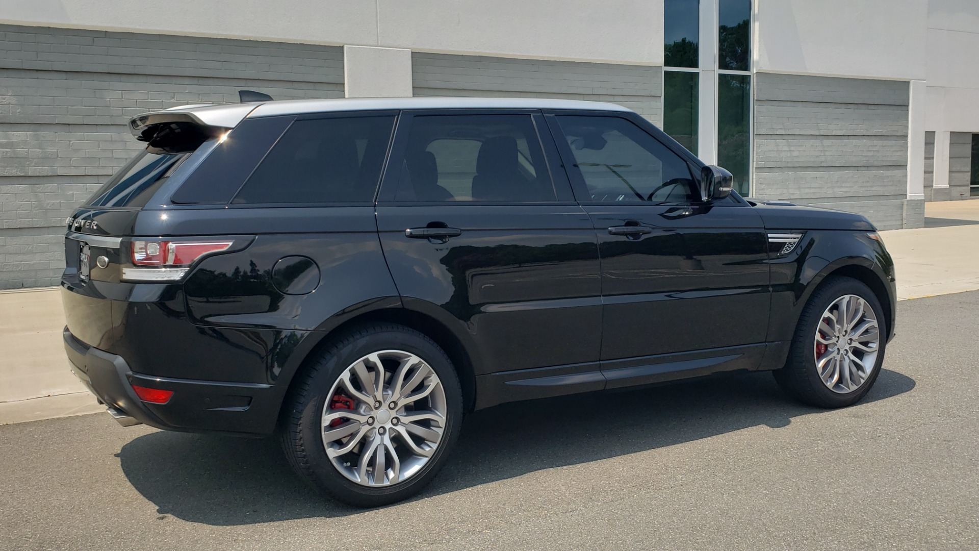 Used 2017 Land Rover Range Rover Sport HSE Dynamic for sale Call for price at Formula Imports in Charlotte NC 28227 8