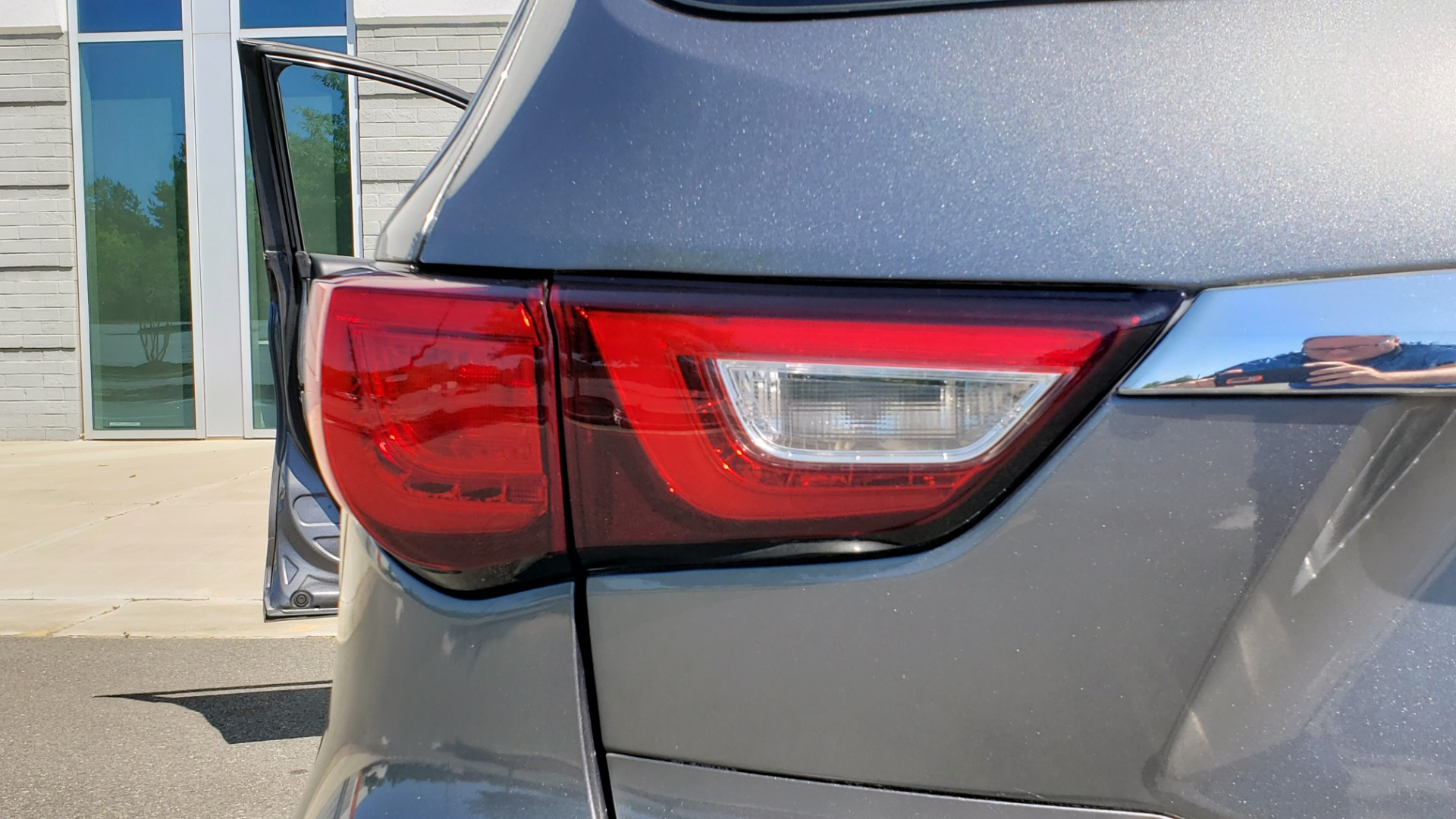 Used 2018 INFINITI QX60 3.5L V6 / FWD / CVT TRANS / NAV / SUNROOF / 3-ROWS / REARVIEW for sale $31,999 at Formula Imports in Charlotte NC 28227 34