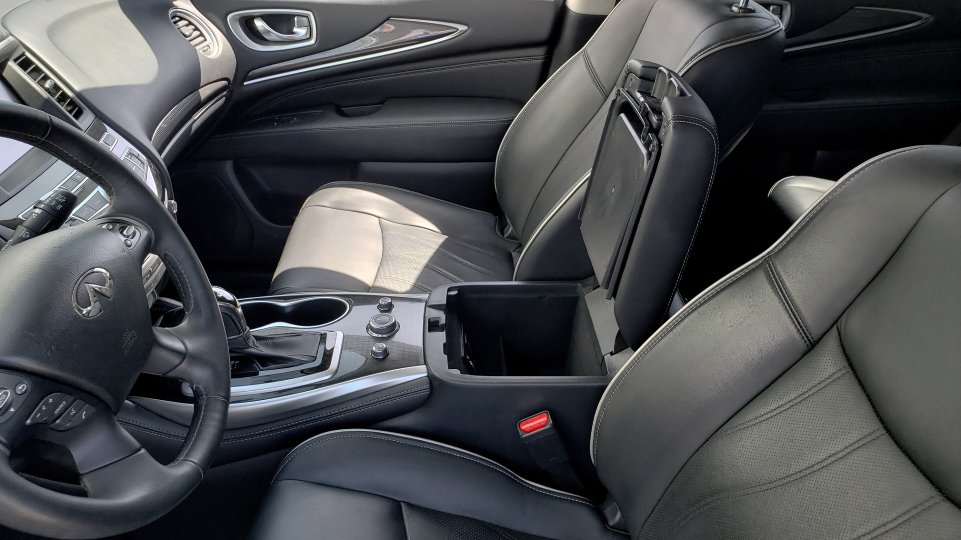 Used 2018 INFINITI QX60 3.5L V6 / FWD / CVT TRANS / NAV / SUNROOF / 3-ROWS / REARVIEW for sale $31,999 at Formula Imports in Charlotte NC 28227 62