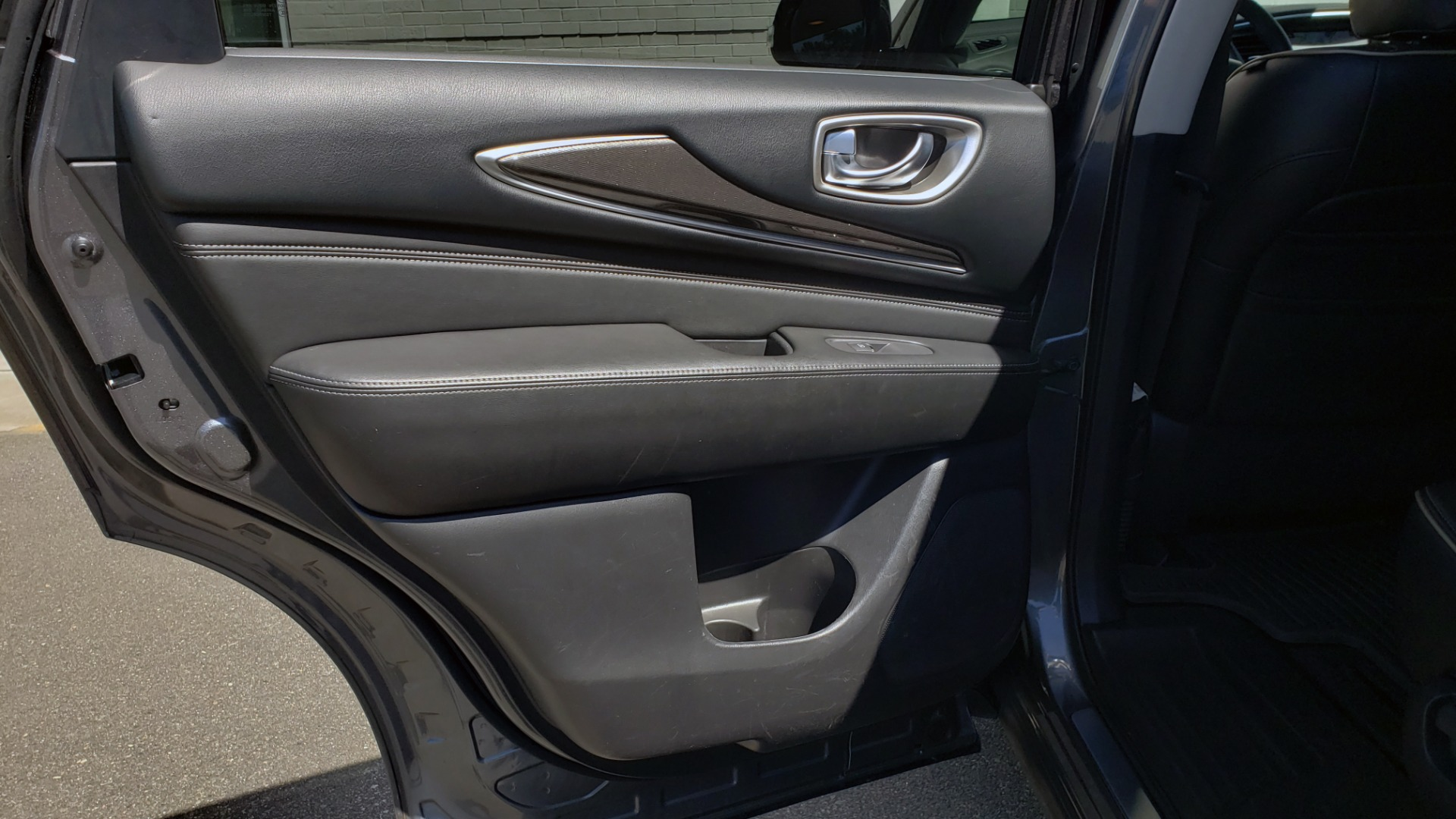 Used 2018 INFINITI QX60 3.5L V6 / FWD / CVT TRANS / NAV / SUNROOF / 3-ROWS / REARVIEW for sale $31,999 at Formula Imports in Charlotte NC 28227 65