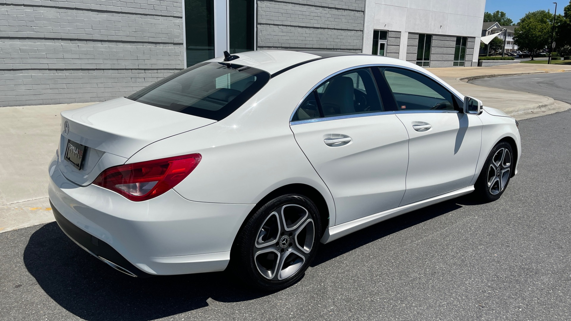 Used 2018 Mercedes-Benz CLA 250 PREMIUM / CONV PKG / APPLE / PANO-ROOF / REARVIEW for sale $29,795 at Formula Imports in Charlotte NC 28227 2