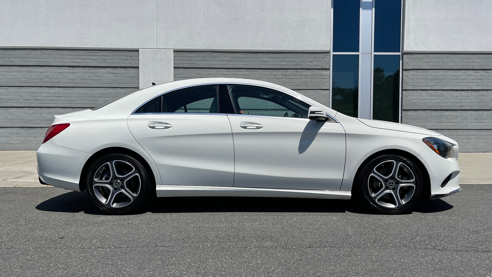 Used 2018 Mercedes-Benz CLA 250 PREMIUM / CONV PKG / APPLE / PANO-ROOF / REARVIEW for sale $29,795 at Formula Imports in Charlotte NC 28227 4