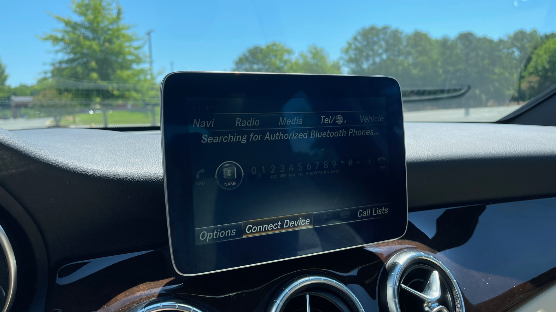 Used 2018 Mercedes-Benz CLA 250 PREMIUM / CONV PKG / APPLE / PANO-ROOF / REARVIEW for sale $29,795 at Formula Imports in Charlotte NC 28227 42