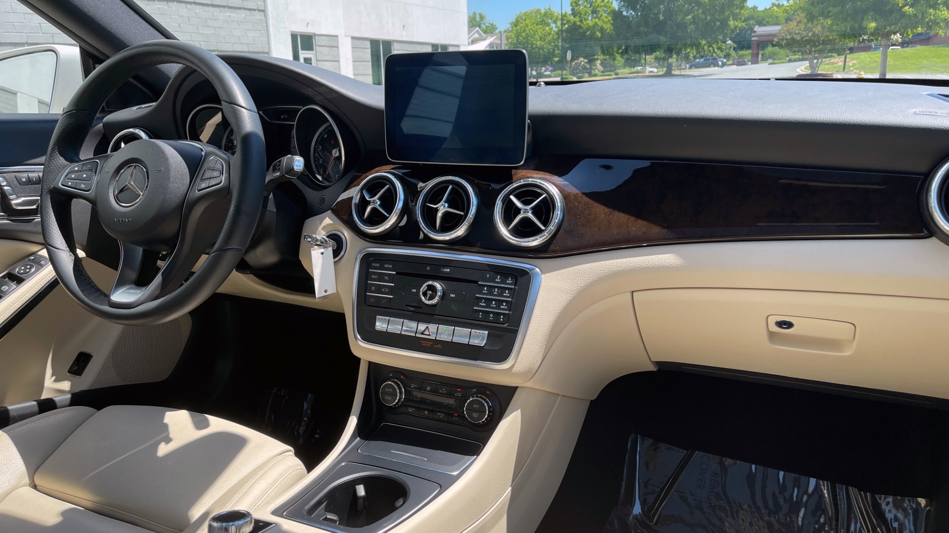 Used 2018 Mercedes-Benz CLA 250 PREMIUM / CONV PKG / APPLE / PANO-ROOF / REARVIEW for sale $29,795 at Formula Imports in Charlotte NC 28227 62