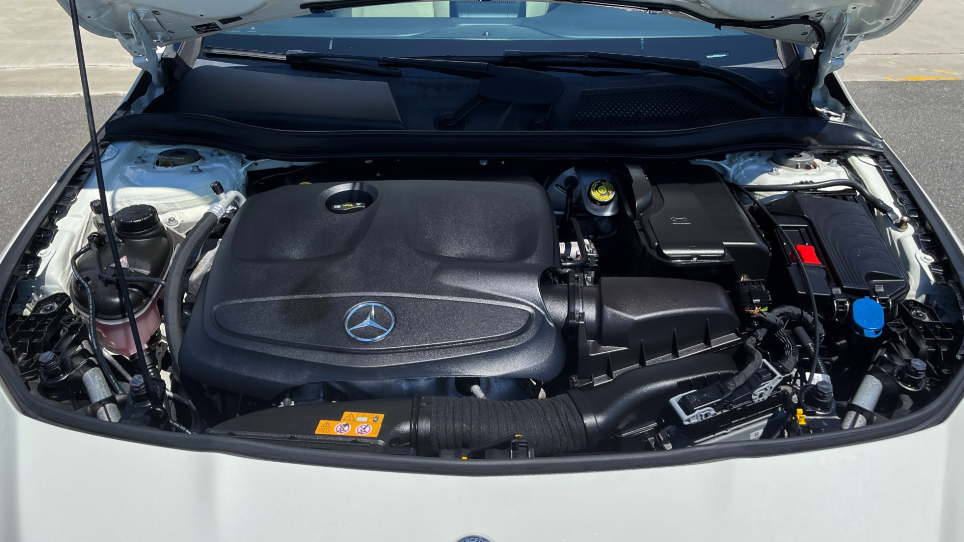 Used 2018 Mercedes-Benz CLA 250 PREMIUM / CONV PKG / APPLE / PANO-ROOF / REARVIEW for sale $29,795 at Formula Imports in Charlotte NC 28227 9
