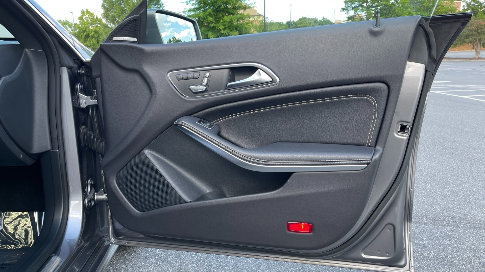 Used 2019 Mercedes-Benz CLA 250 4MATIC PREM & CONV PKG / APPLE / PANO-ROOF / H/K SND / REARVIEW for sale $29,795 at Formula Imports in Charlotte NC 28227 62