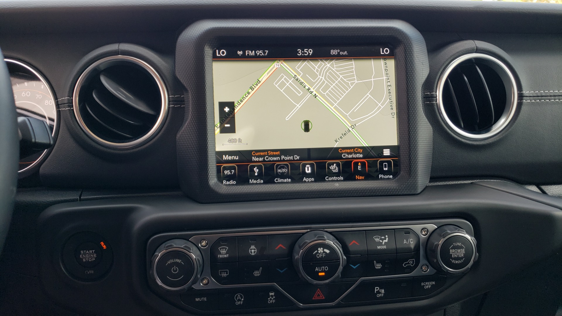 Used 2018 Jeep WRANGLER UNLIMITED SAHARA / 3.6L V6 / 6-SPD MAN / ALPINE / NAV / HTD STS / REARVIEW for sale $43,999 at Formula Imports in Charlotte NC 28227 64