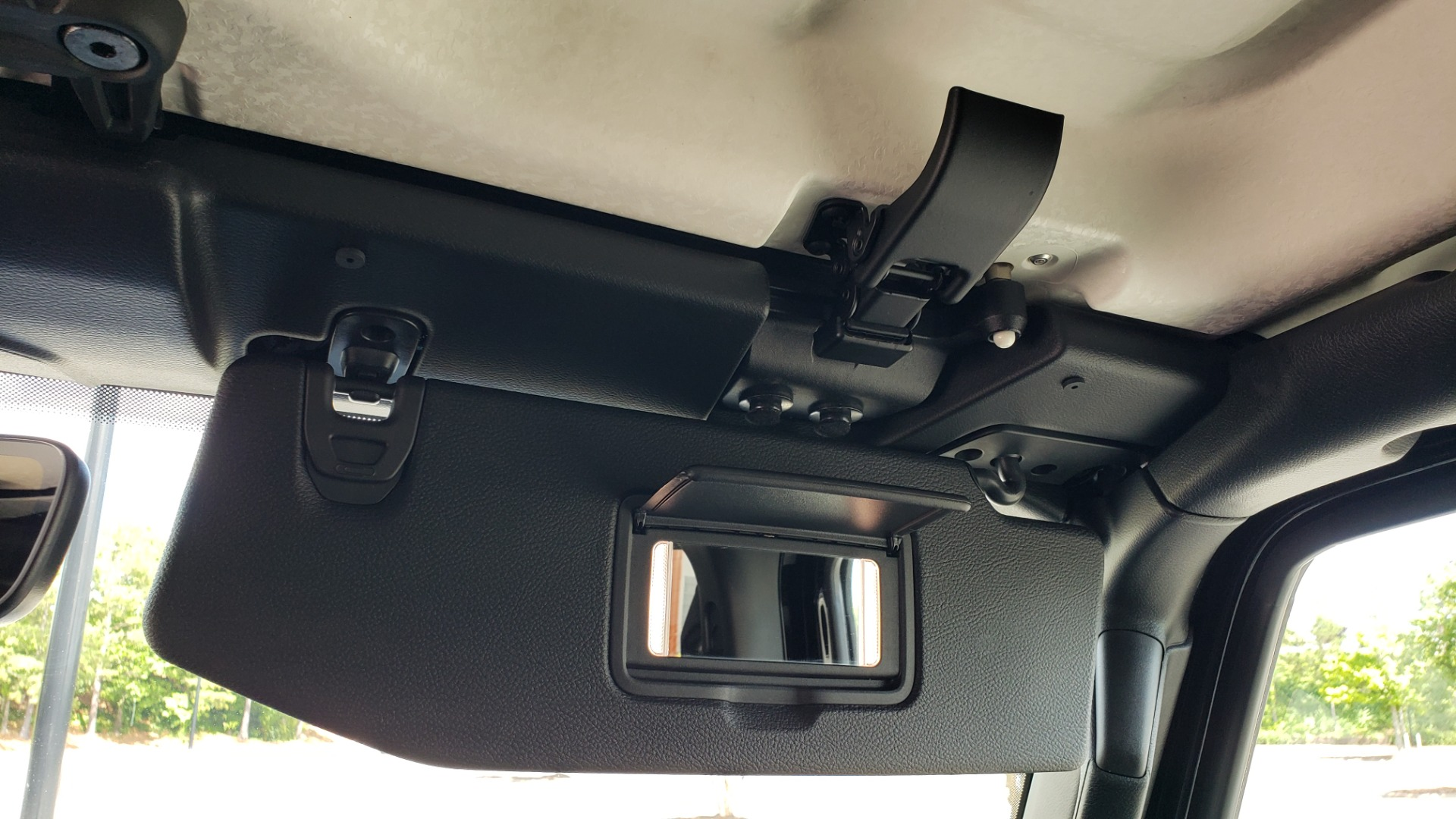 Used 2018 Jeep WRANGLER UNLIMITED SAHARA / 3.6L V6 / 6-SPD MAN / ALPINE / NAV / HTD STS / REARVIEW for sale $43,999 at Formula Imports in Charlotte NC 28227 69