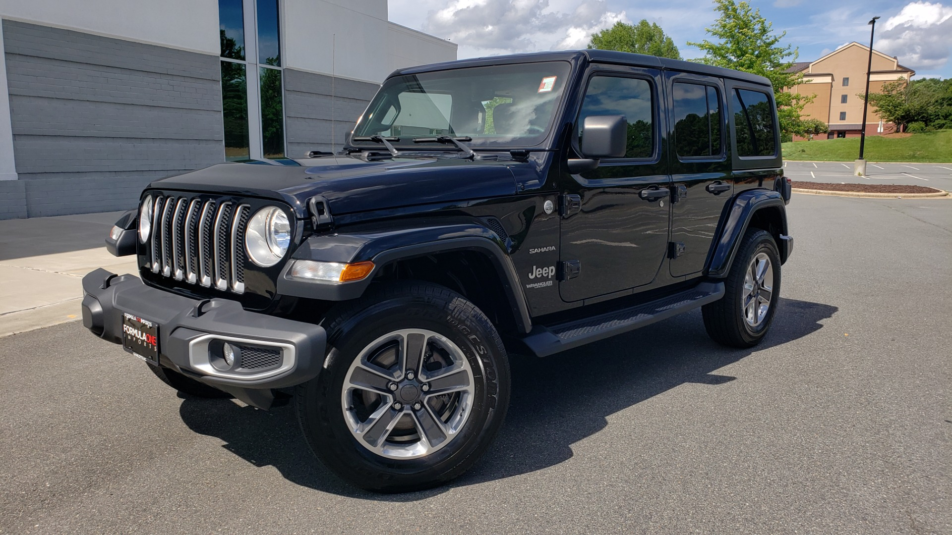 Used 2018 Jeep WRANGLER UNLIMITED SAHARA / 3.6L V6 / 6-SPD MAN / ALPINE / NAV / HTD STS / REARVIEW for sale $43,999 at Formula Imports in Charlotte NC 28227 1