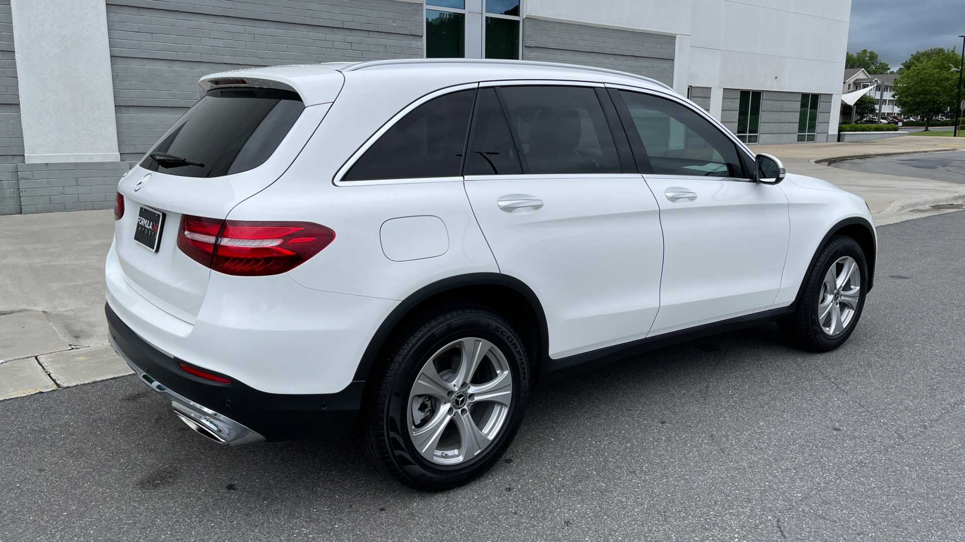 Used 2018 Mercedes-Benz GLC 300 PREMIUM / PANO-ROOF / HTD STS / PARK ASST / REARVIEW for sale $34,613 at Formula Imports in Charlotte NC 28227 2