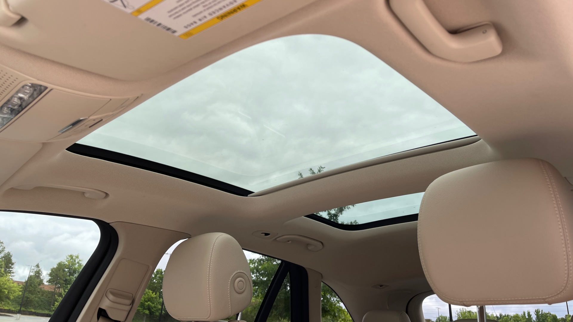 Used 2018 Mercedes-Benz GLC 300 PREMIUM / PANO-ROOF / HTD STS / PARK ASST / REARVIEW for sale $34,613 at Formula Imports in Charlotte NC 28227 44