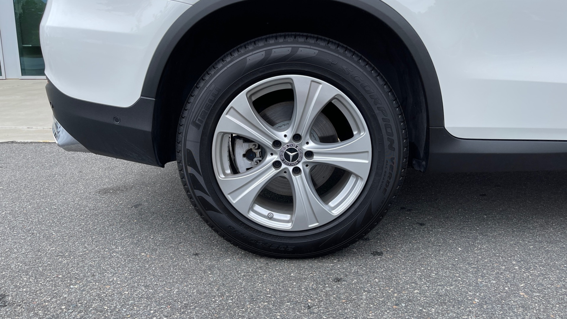 Used 2018 Mercedes-Benz GLC 300 PREMIUM / PANO-ROOF / HTD STS / PARK ASST / REARVIEW for sale $34,613 at Formula Imports in Charlotte NC 28227 60