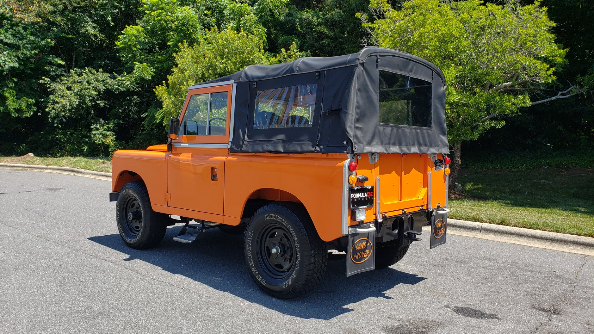 Used 1982 Land Rover SERIES 3 4X4 / SOFT-TOP / FULLY RESTORED / RUNS GREAT for sale $41,900 at Formula Imports in Charlotte NC 28227 3