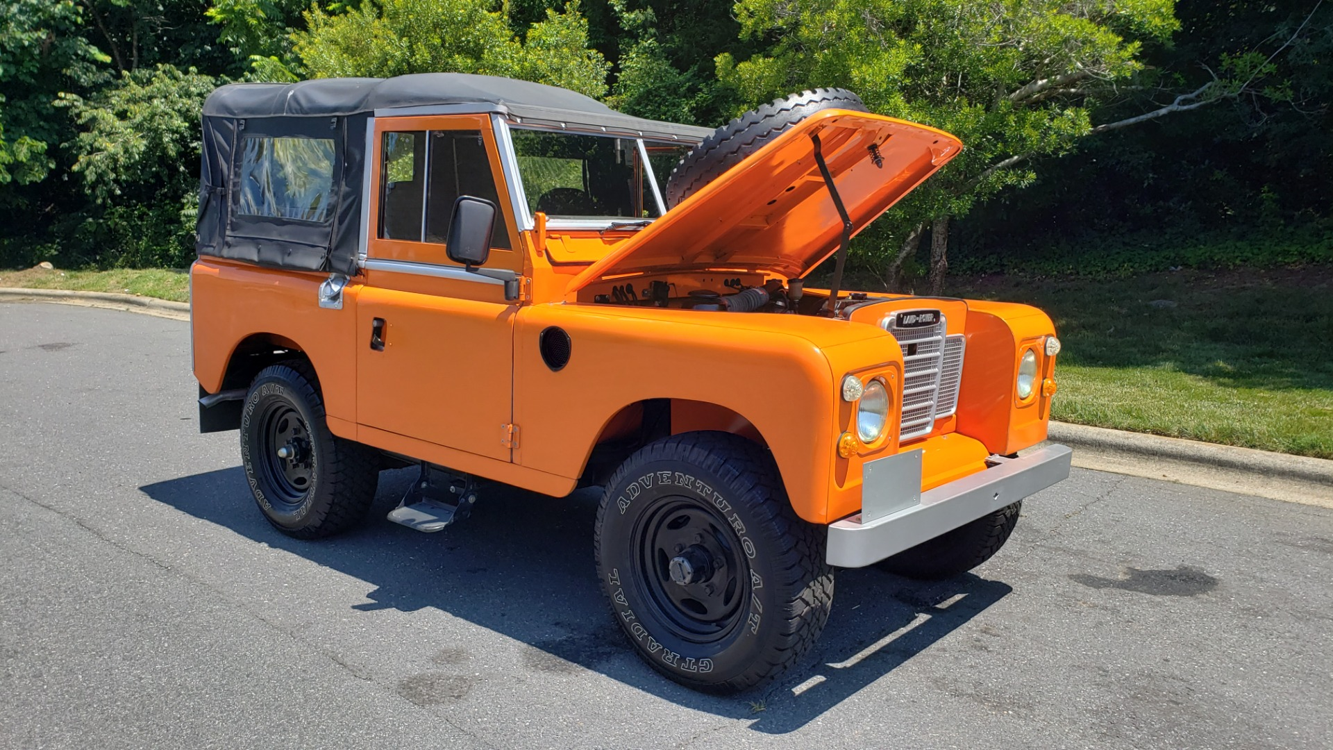 Used 1982 Land Rover SERIES 3 4X4 / SOFT-TOP / FULLY RESTORED / RUNS GREAT for sale $41,900 at Formula Imports in Charlotte NC 28227 34