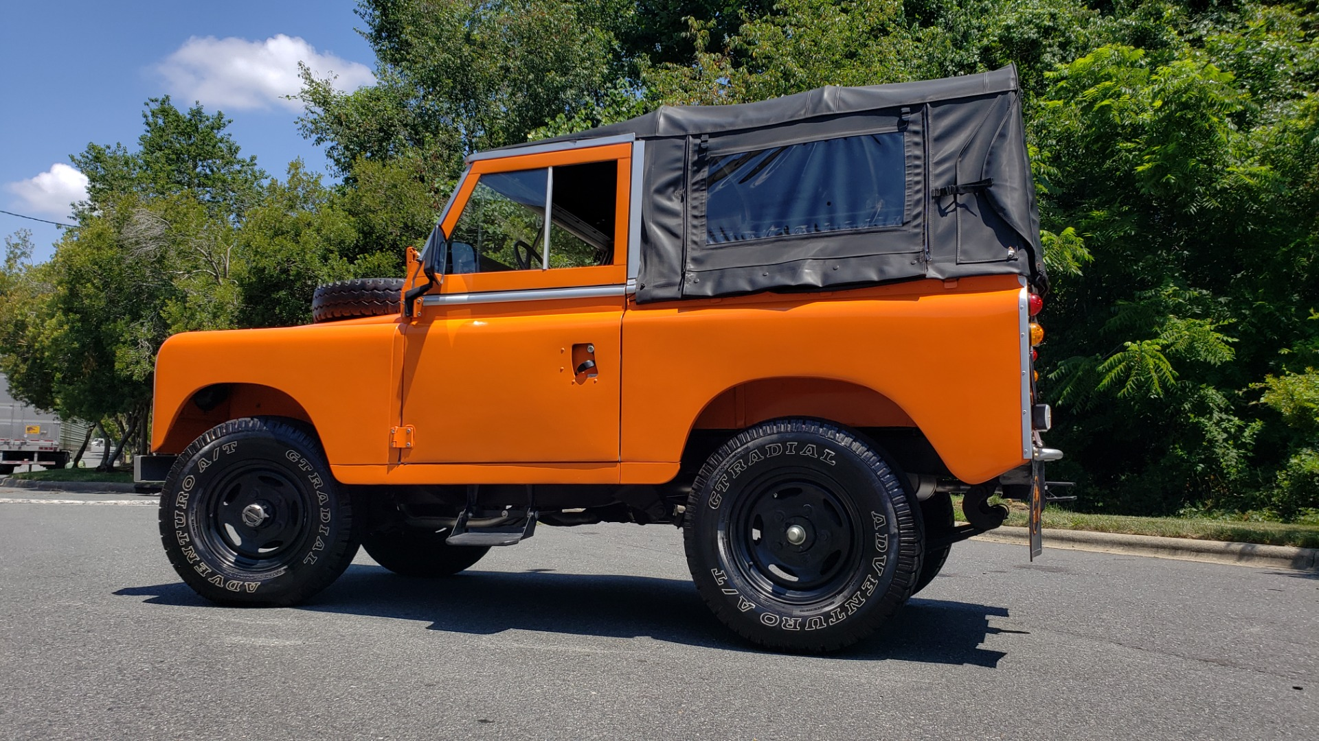Used 1982 Land Rover SERIES 3 4X4 / SOFT-TOP / FULLY RESTORED / RUNS GREAT for sale $41,900 at Formula Imports in Charlotte NC 28227 7