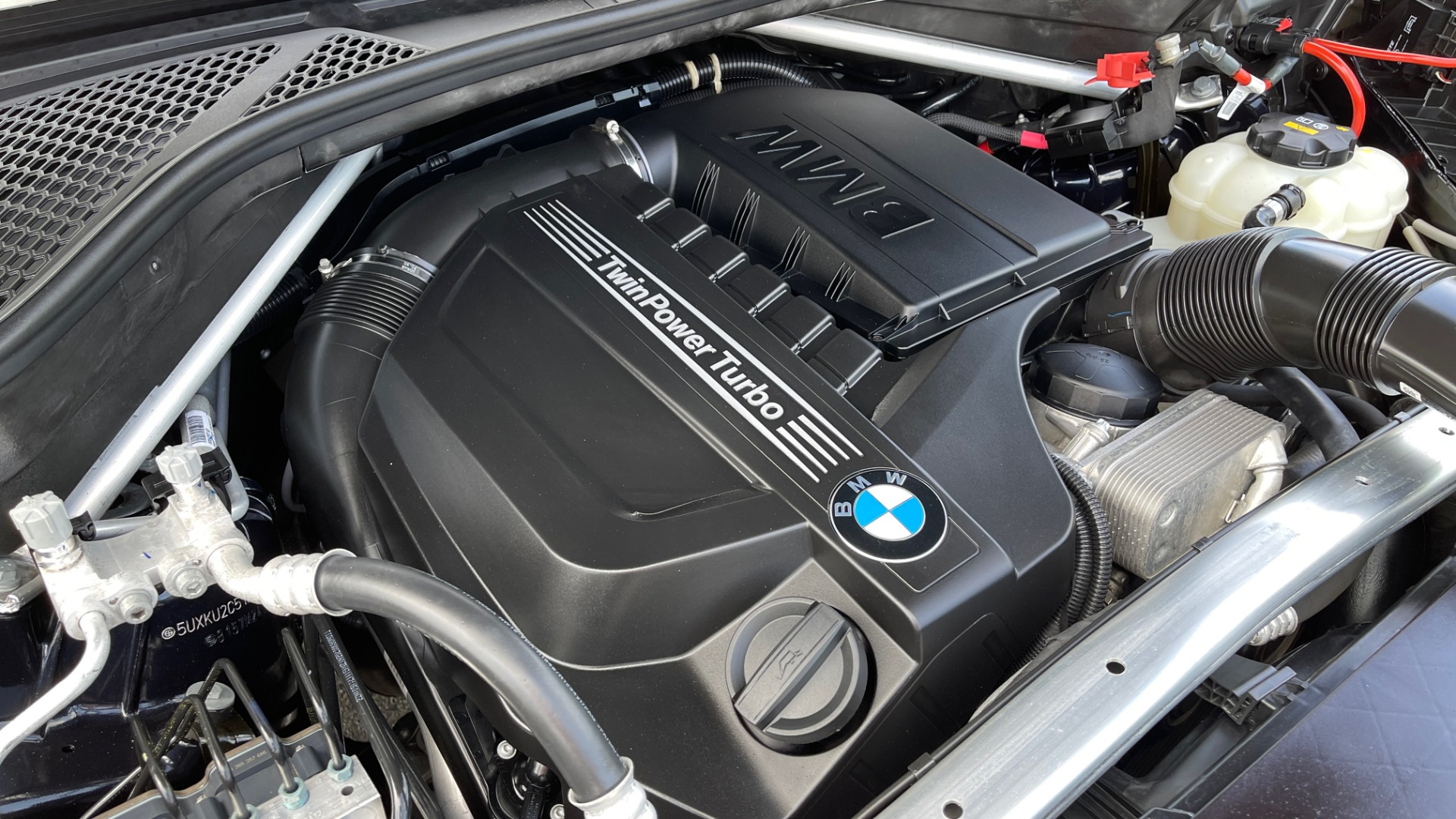 Used 2018 BMW X6 XDRIVE35I M-SPORT / DRVR ASST / PRK ASST / H/K SND / APPLE / WIRELESS CHARG for sale $51,995 at Formula Imports in Charlotte NC 28227 11