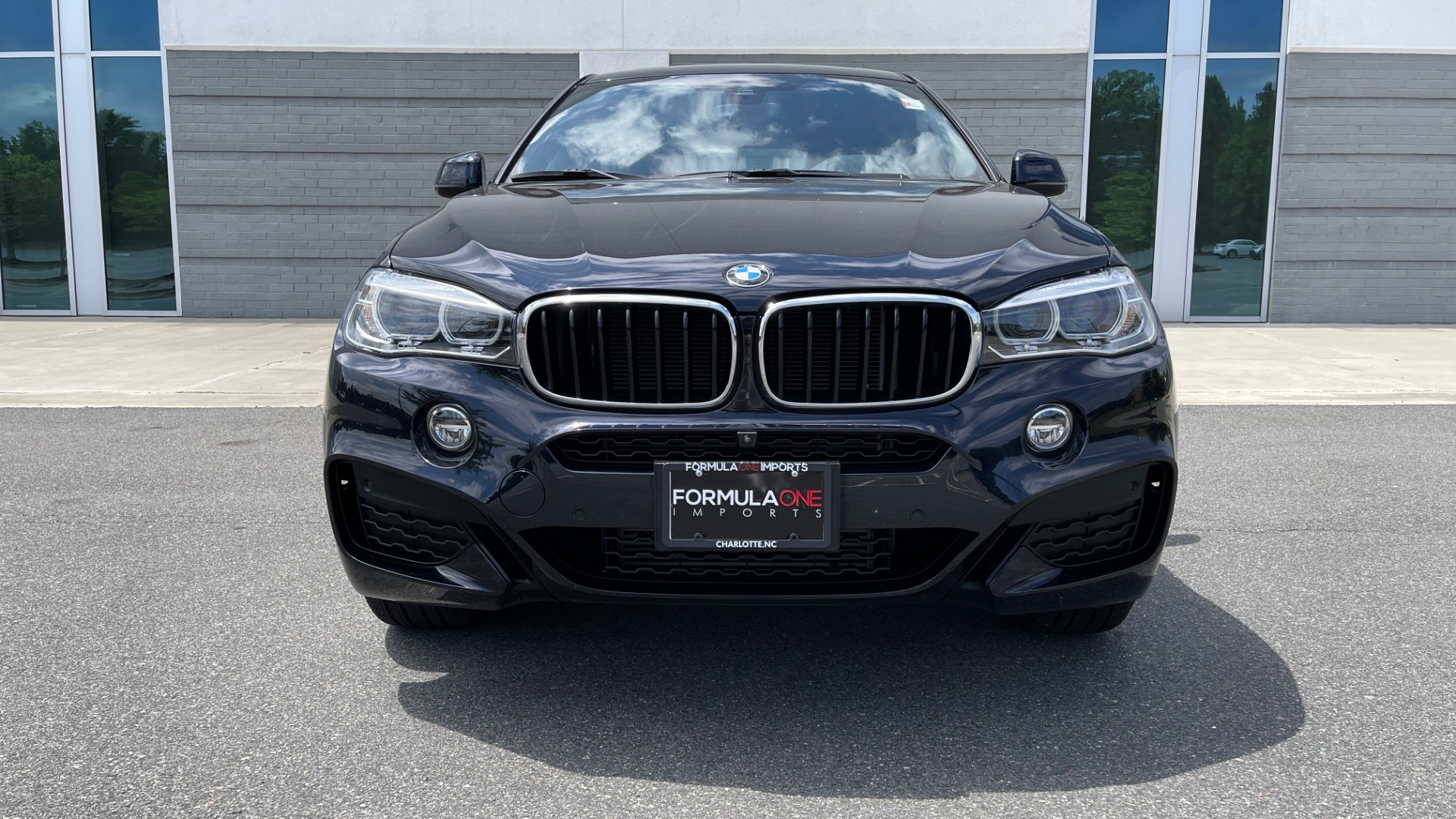 Used 2018 BMW X6 XDRIVE35I M-SPORT / DRVR ASST / PRK ASST / H/K SND / APPLE / WIRELESS CHARG for sale $51,995 at Formula Imports in Charlotte NC 28227 12