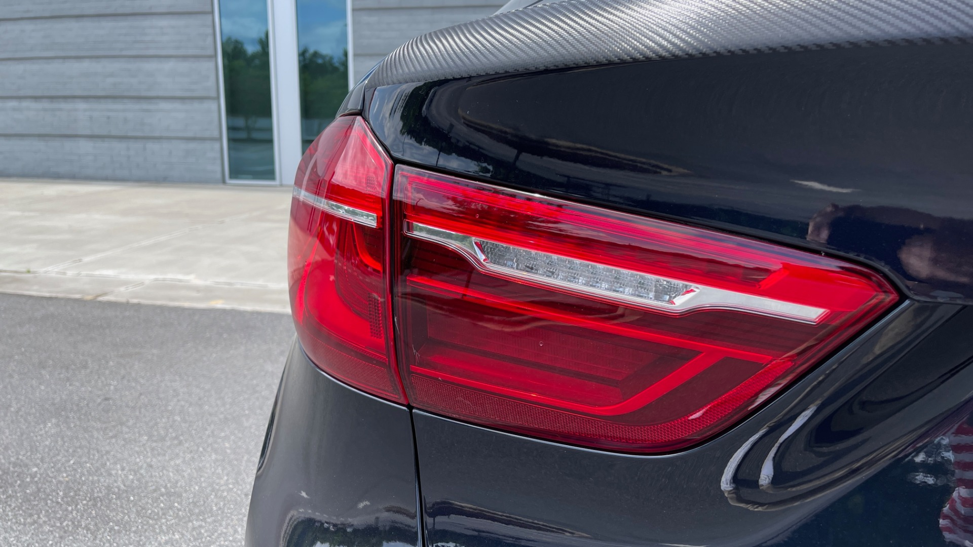 Used 2018 BMW X6 XDRIVE35I M-SPORT / DRVR ASST / PRK ASST / H/K SND / APPLE / WIRELESS CHARG for sale $51,995 at Formula Imports in Charlotte NC 28227 25