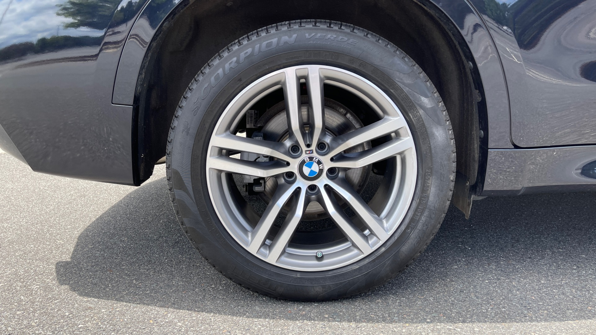 Used 2018 BMW X6 XDRIVE35I M-SPORT / DRVR ASST / PRK ASST / H/K SND / APPLE / WIRELESS CHARG for sale $51,995 at Formula Imports in Charlotte NC 28227 71
