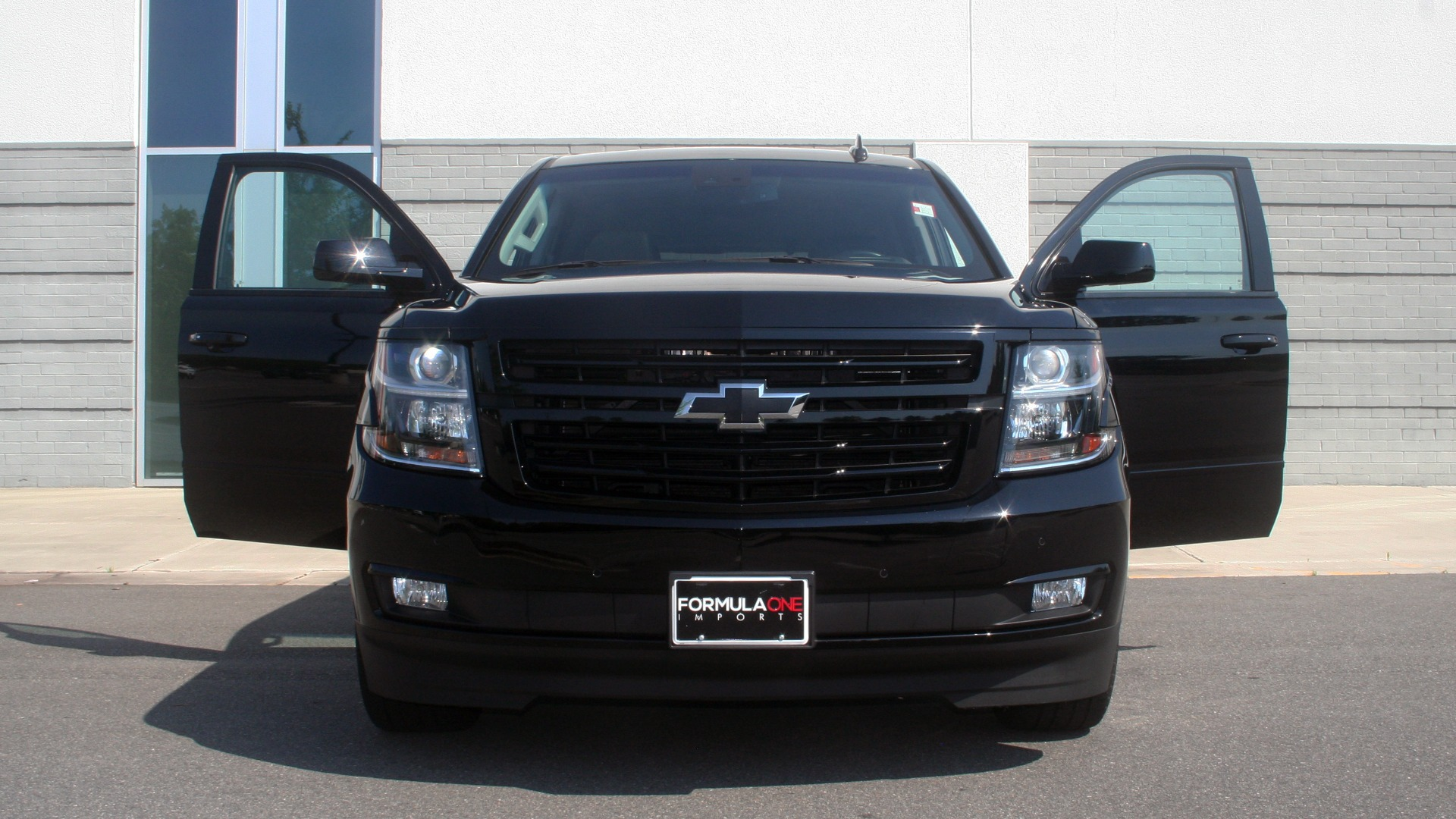 Used 2018 Chevrolet TAHOE PREMIER RST / 4X4 / NAV / BOSE / SUNROOF / 3-ROW / REARVIEW for sale $65,995 at Formula Imports in Charlotte NC 28227 12