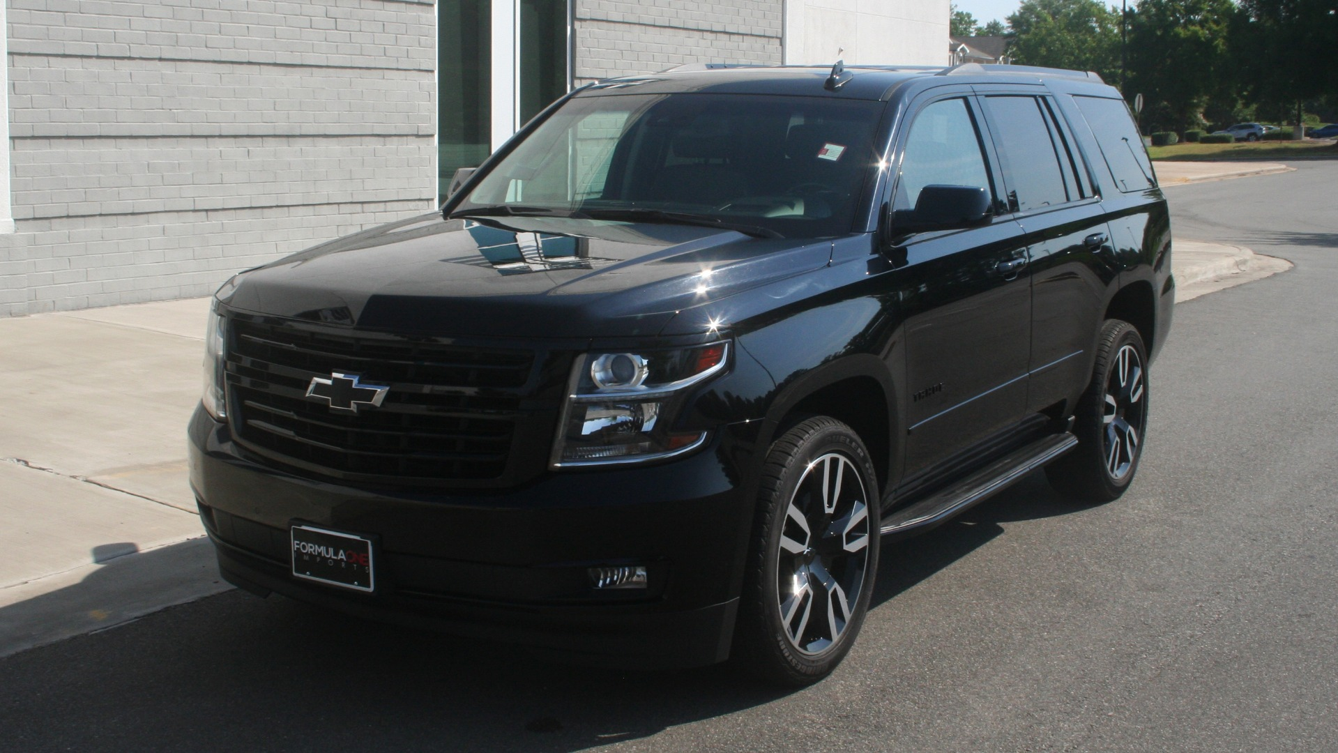 Used 2018 Chevrolet TAHOE PREMIER RST / 4X4 / NAV / BOSE / SUNROOF / 3-ROW / REARVIEW for sale $65,995 at Formula Imports in Charlotte NC 28227 3
