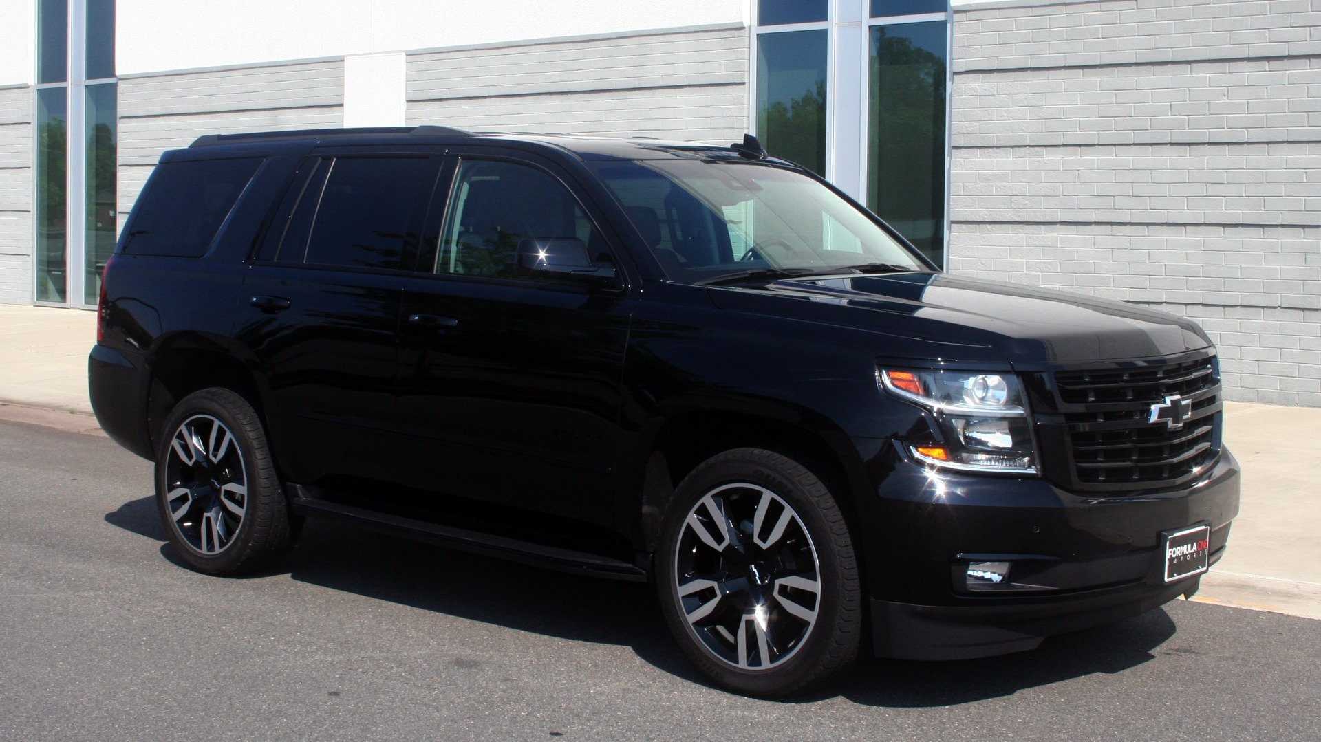 Used 2018 Chevrolet TAHOE PREMIER RST / 4X4 / NAV / BOSE / SUNROOF / 3-ROW / REARVIEW for sale $65,995 at Formula Imports in Charlotte NC 28227 7