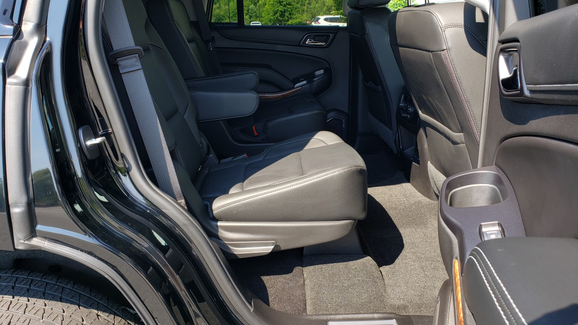 Used 2018 Chevrolet TAHOE PREMIER RST / 4X4 / NAV / BOSE / SUNROOF / 3-ROW / REARVIEW for sale $65,995 at Formula Imports in Charlotte NC 28227 78
